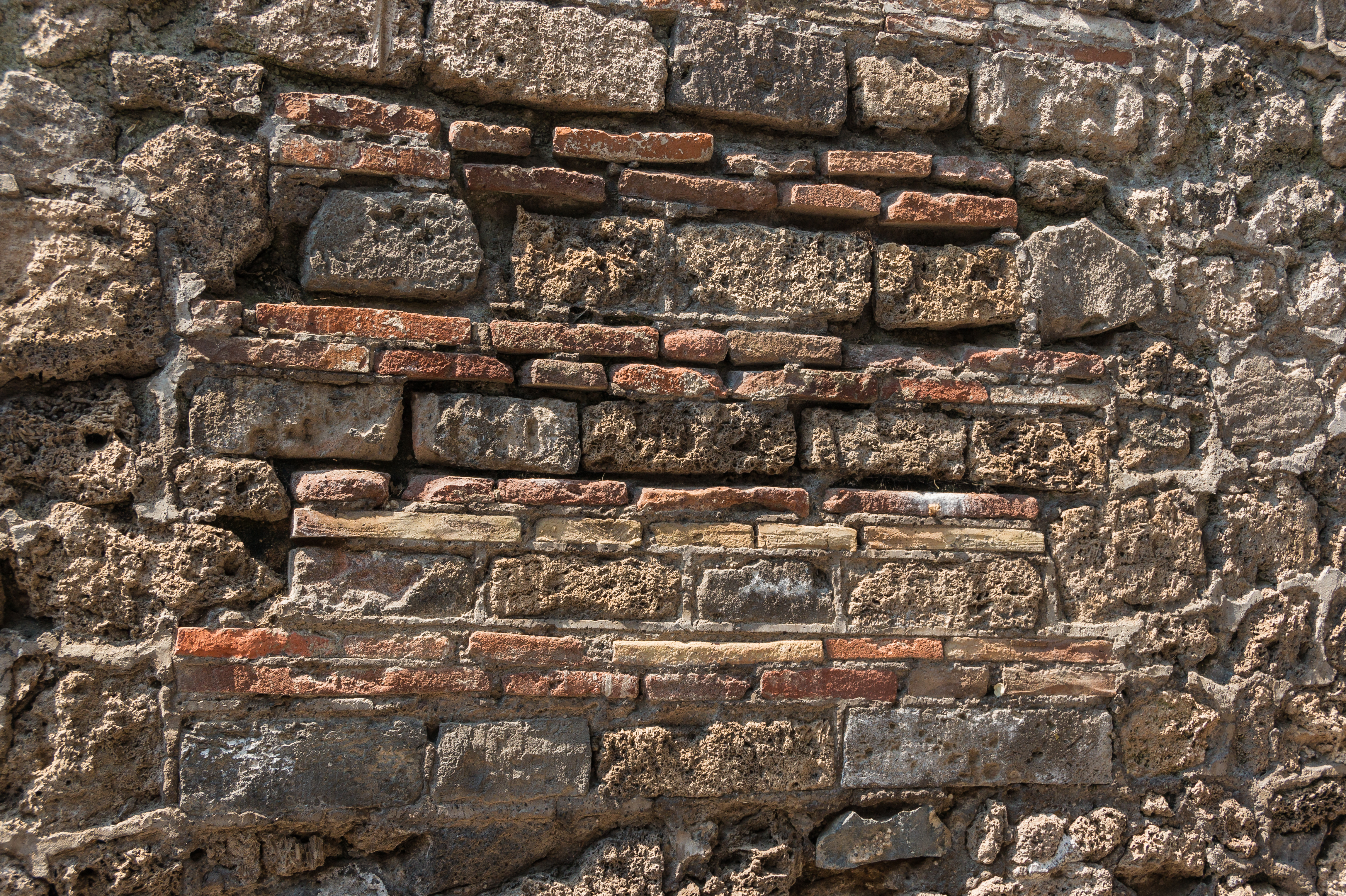 File:Wall structure Pompeii.jpg - Wikimedia Commons