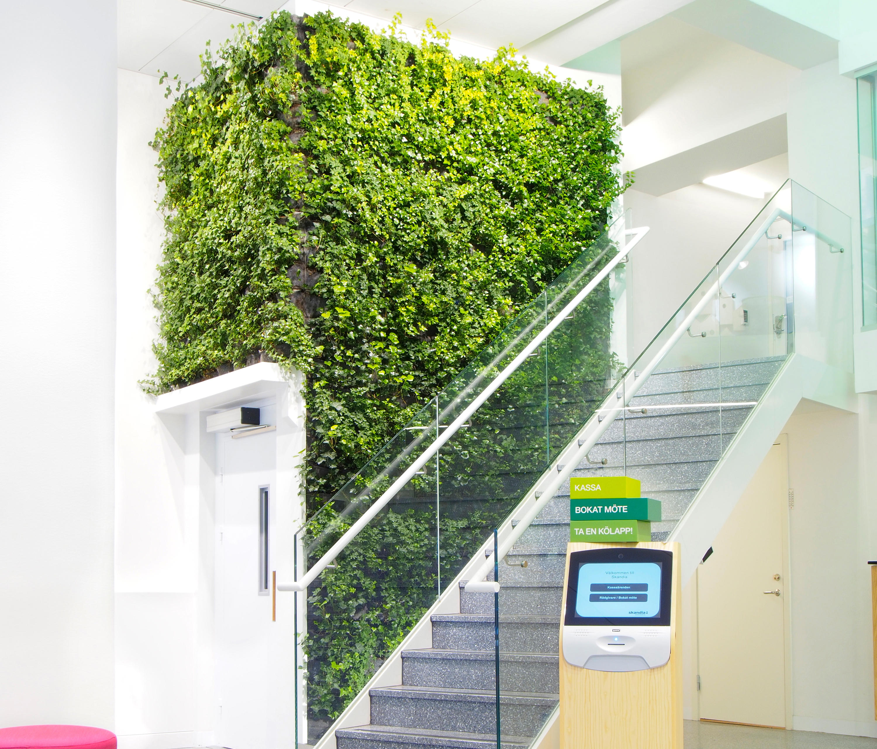 INDOOR PLANT WALLS - Plant pots from Greenworks | Architonic