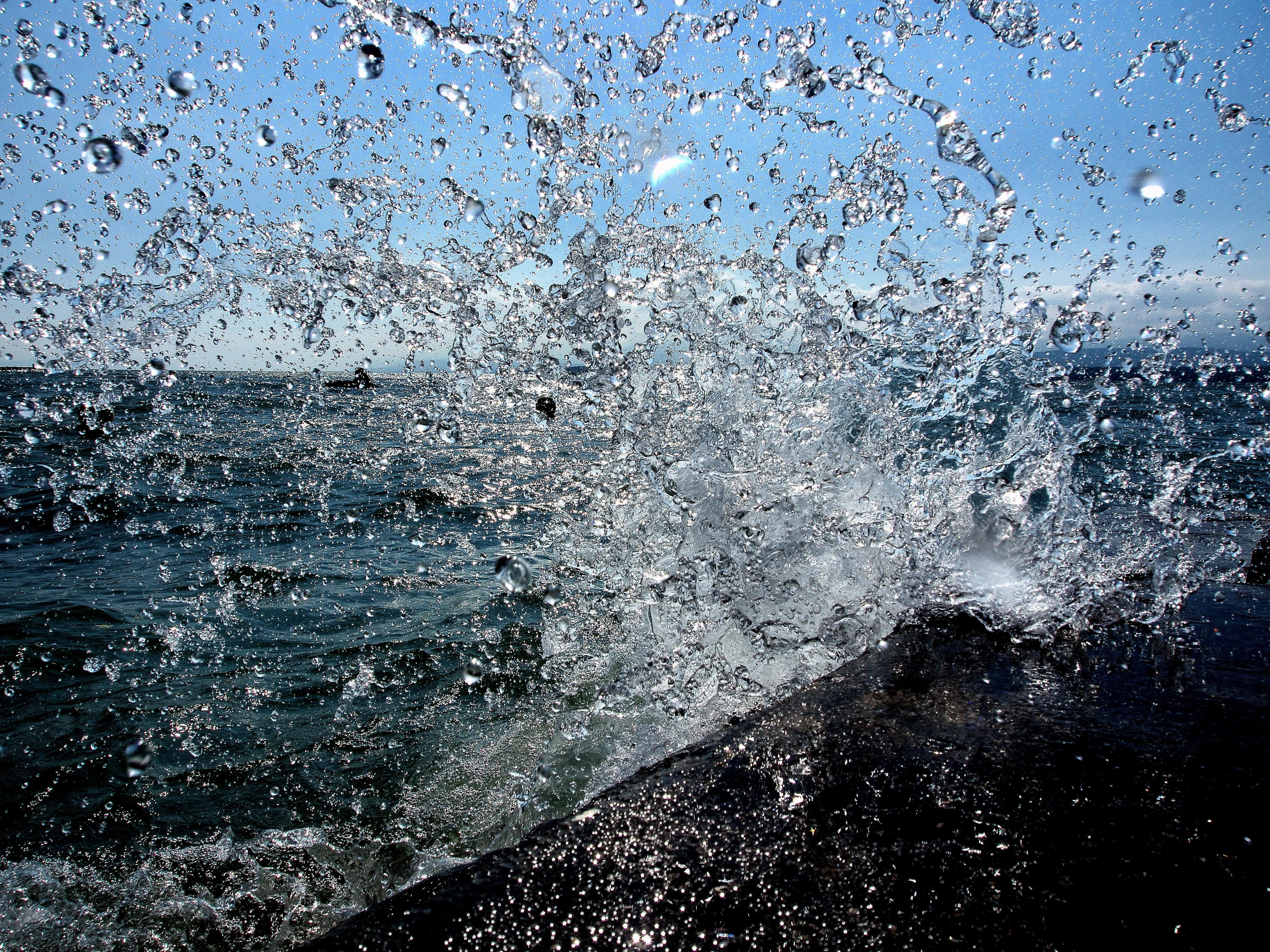 FreeUse - Sea wave lake water drops high quality photo