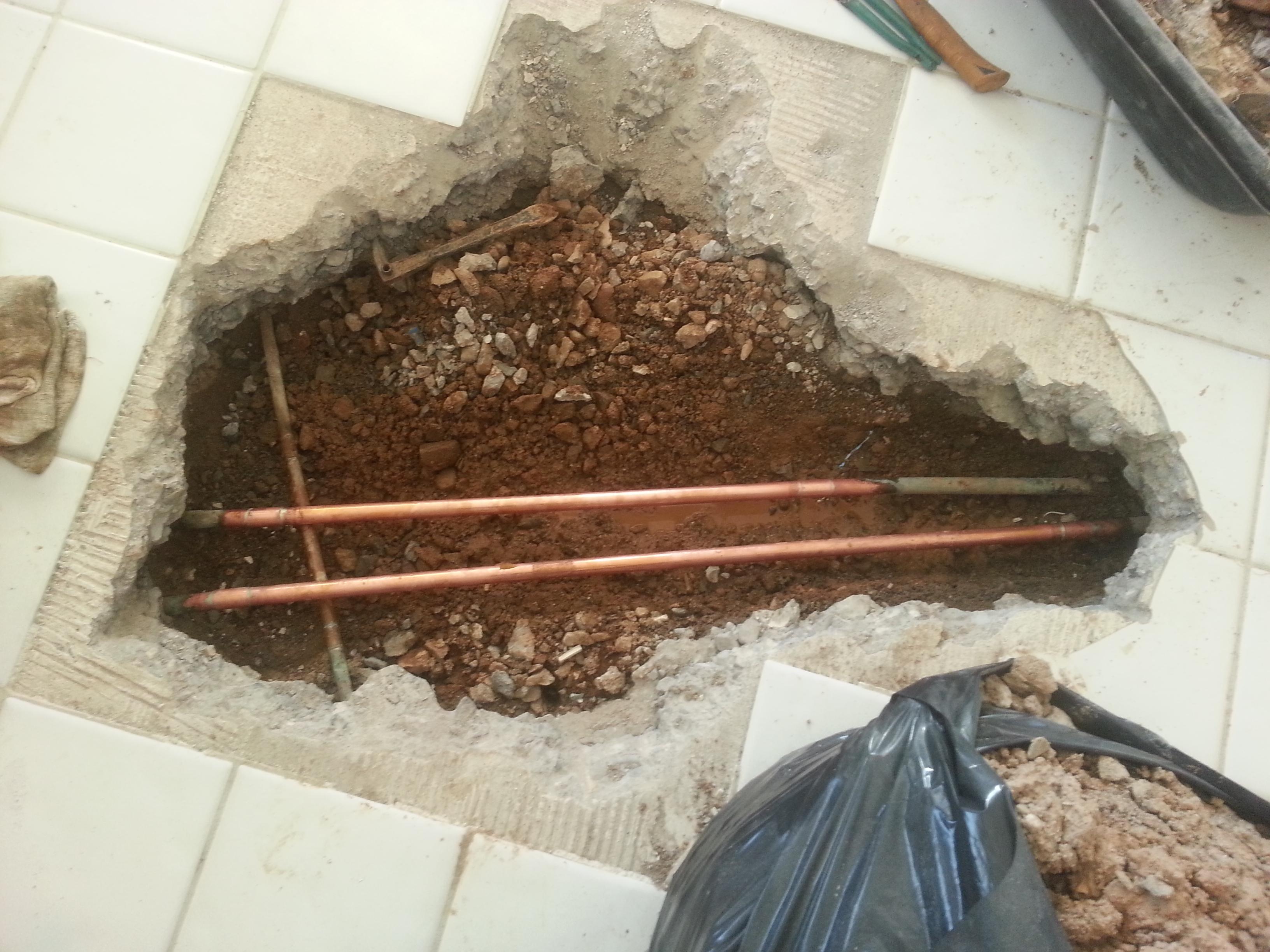 Water Seepage In Basement After Rain Concrete Slab Garage Floor ...