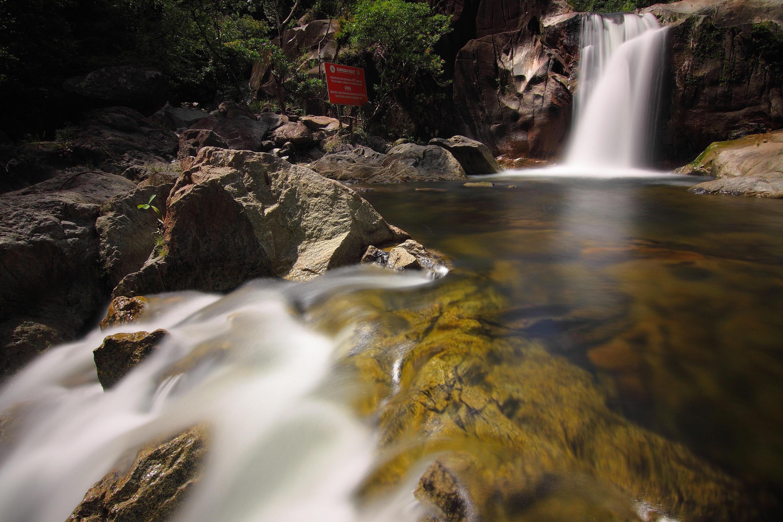 Waterfalls scenery during daytime photo