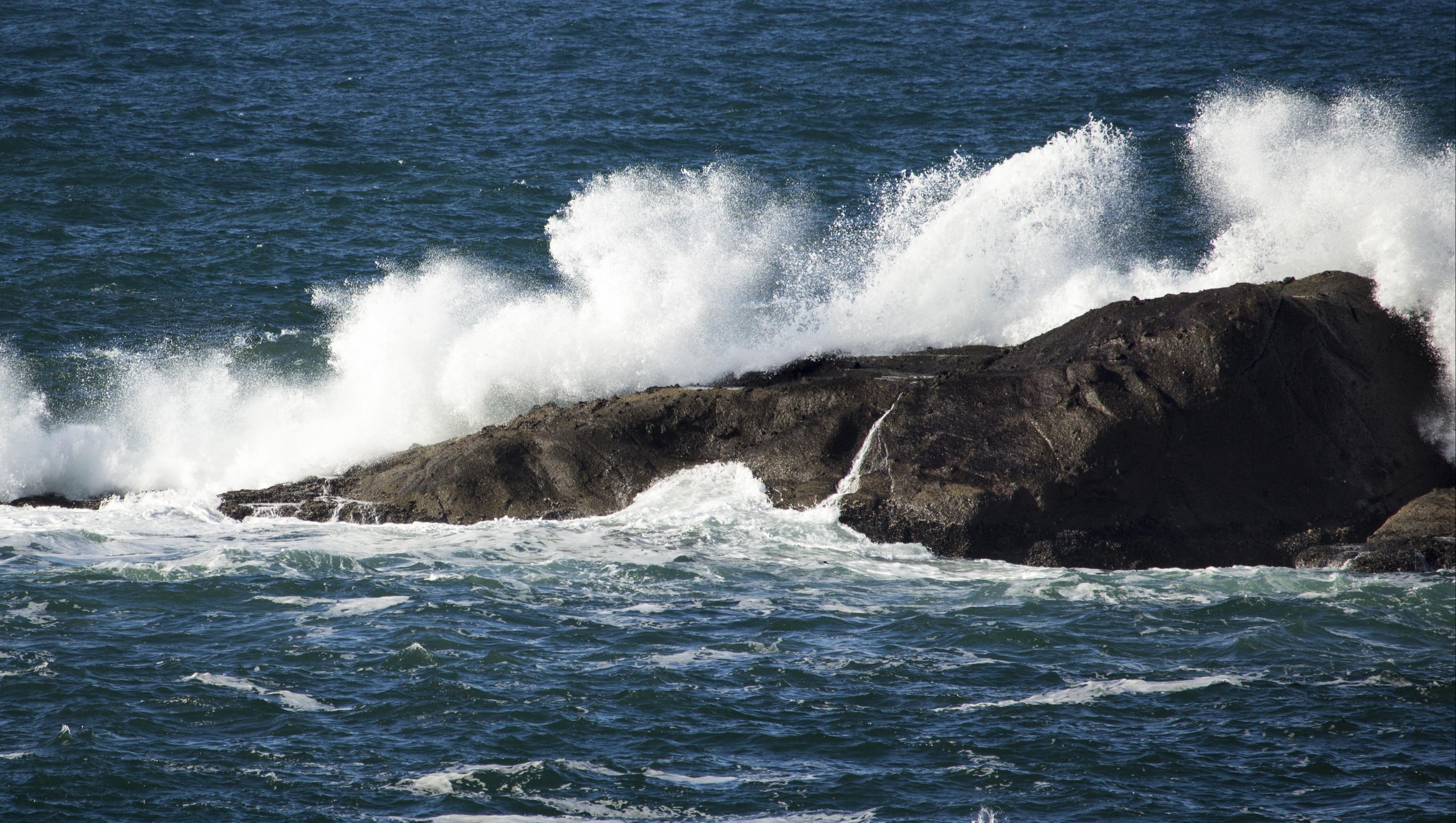 Waves on oregon coast photo