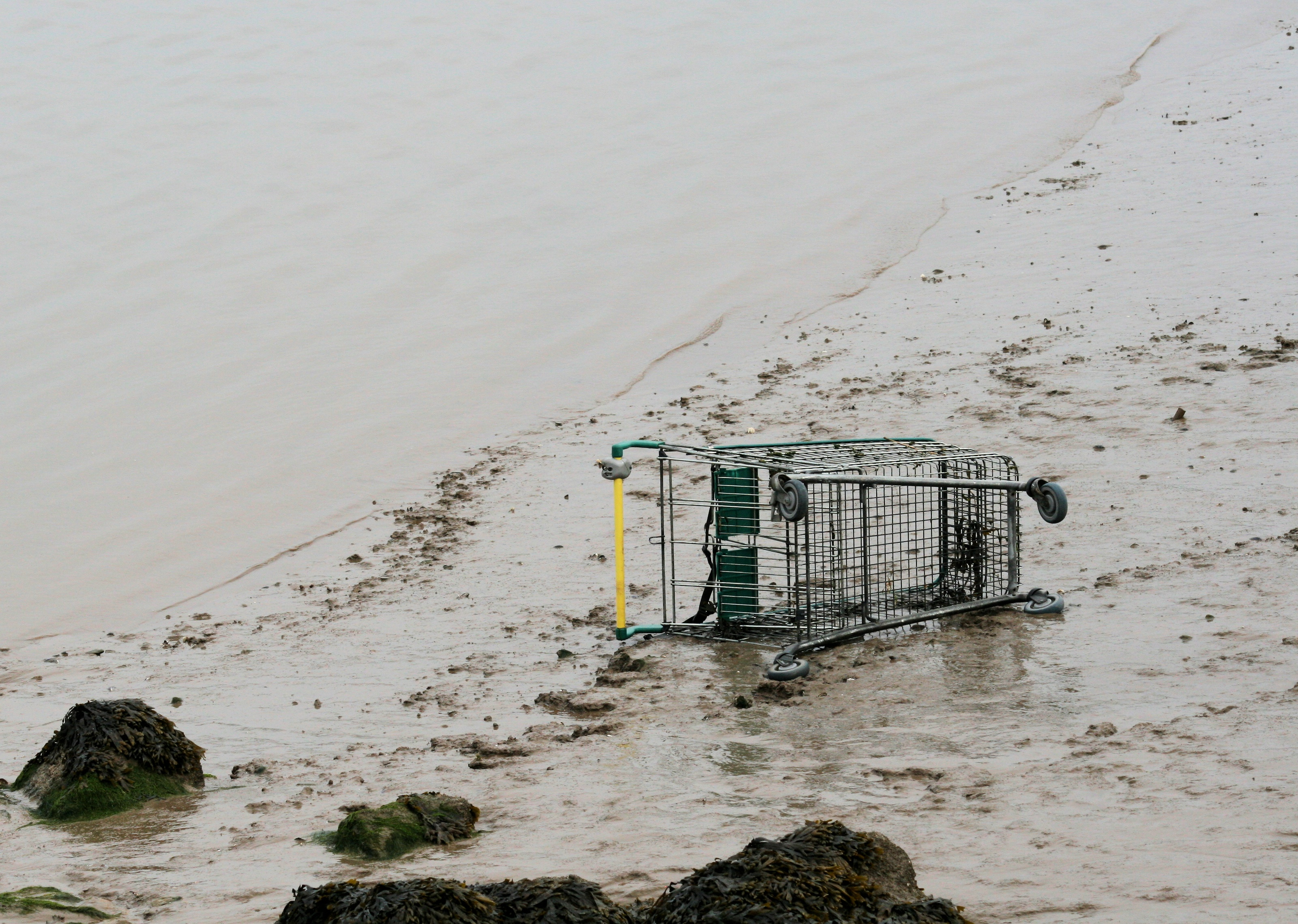 Welcome to England, Abandoned, Beach, Junk, Mud, HQ Photo
