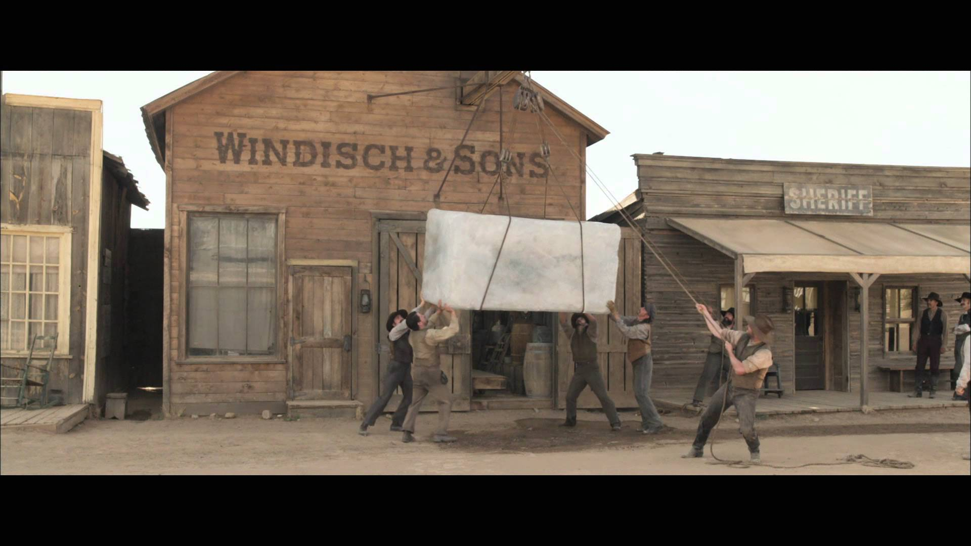 A Million Ways To Die In The West - Behind-The-Scenes - Making A ...