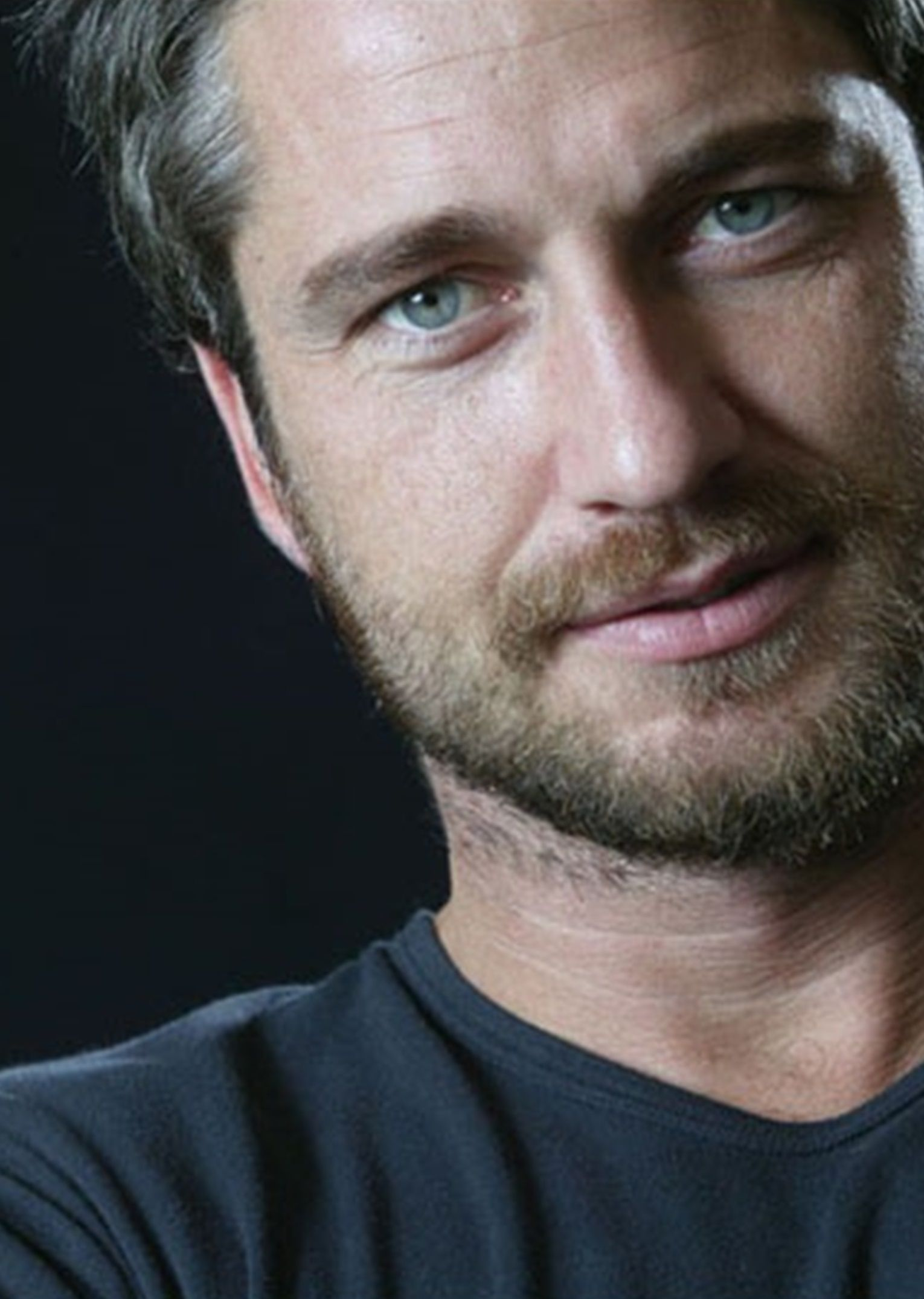 Gerard Butler omg I just fainted. What a face | general | Pinterest ...