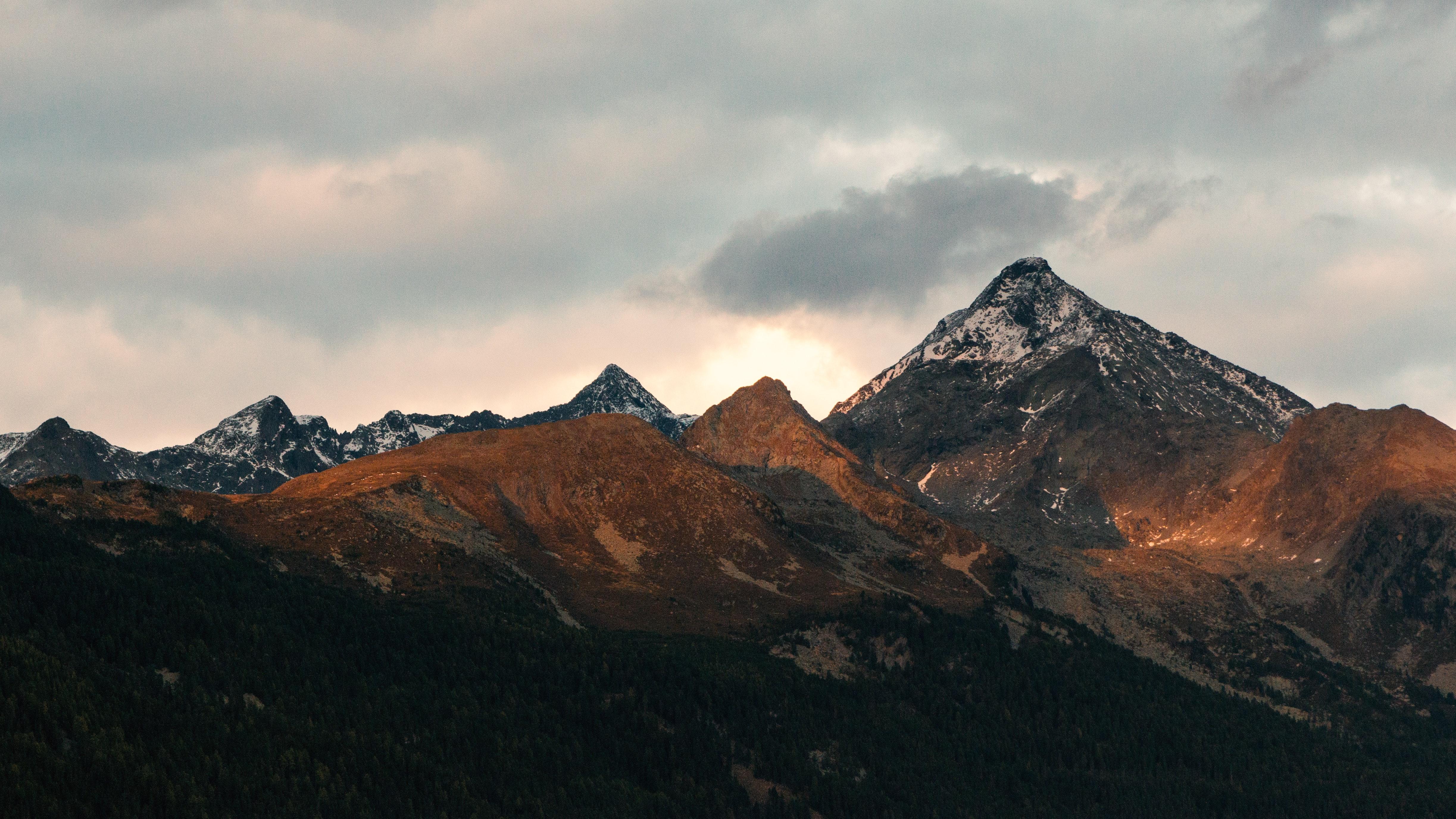 White And Black Mountain Photo