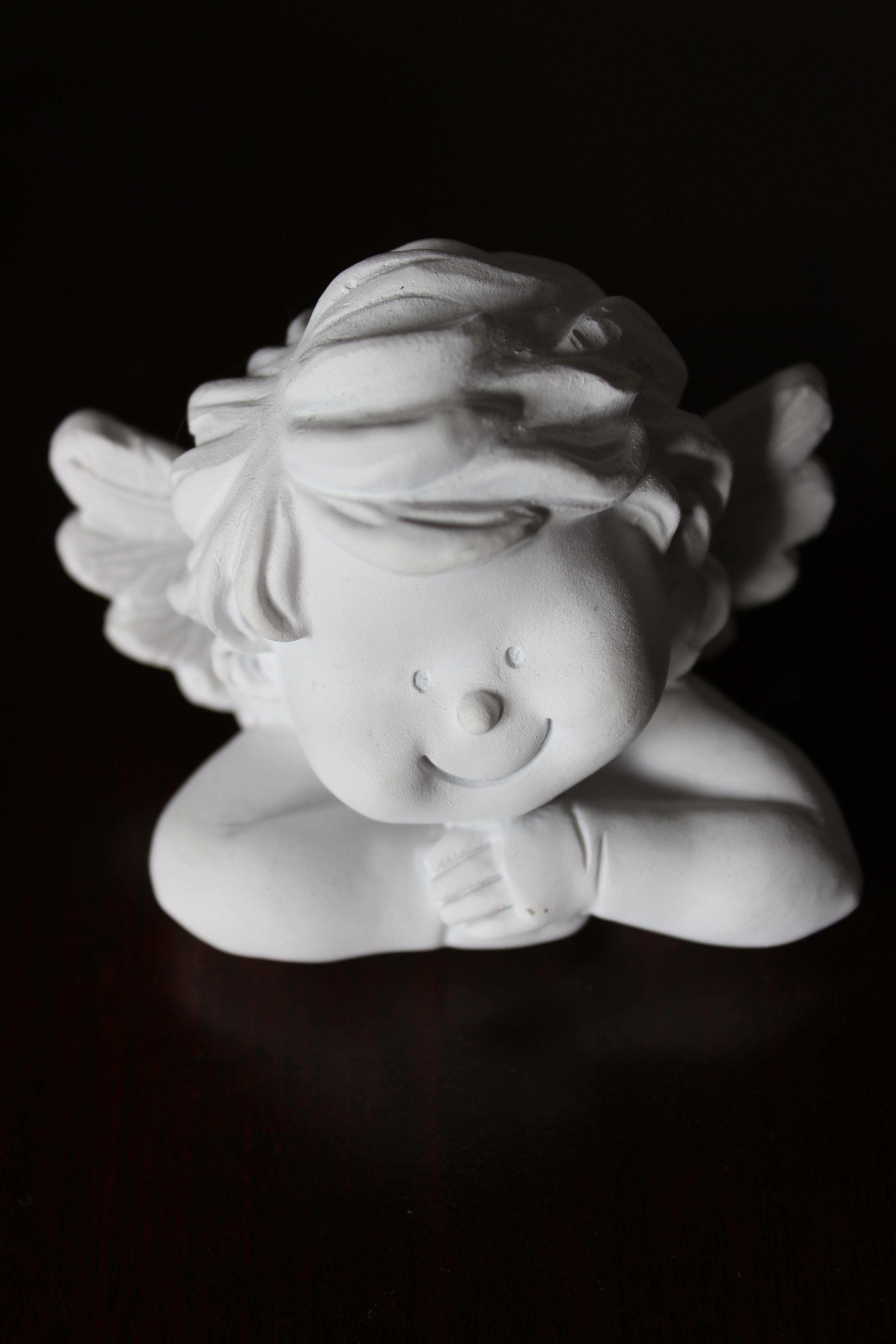 White angel figurine photo