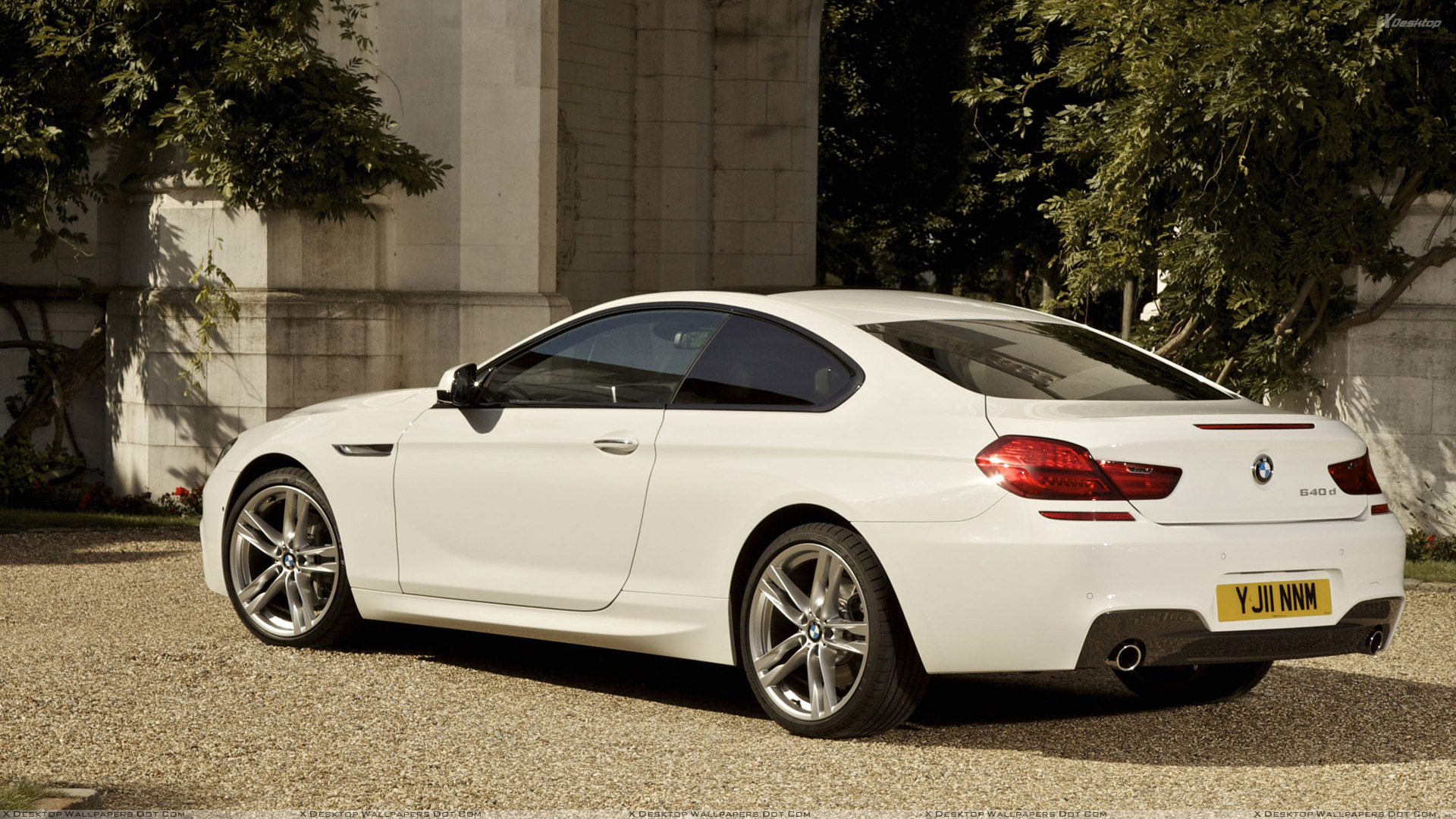 BMW 6 Series Coupe Side Pose In White Wallpaper