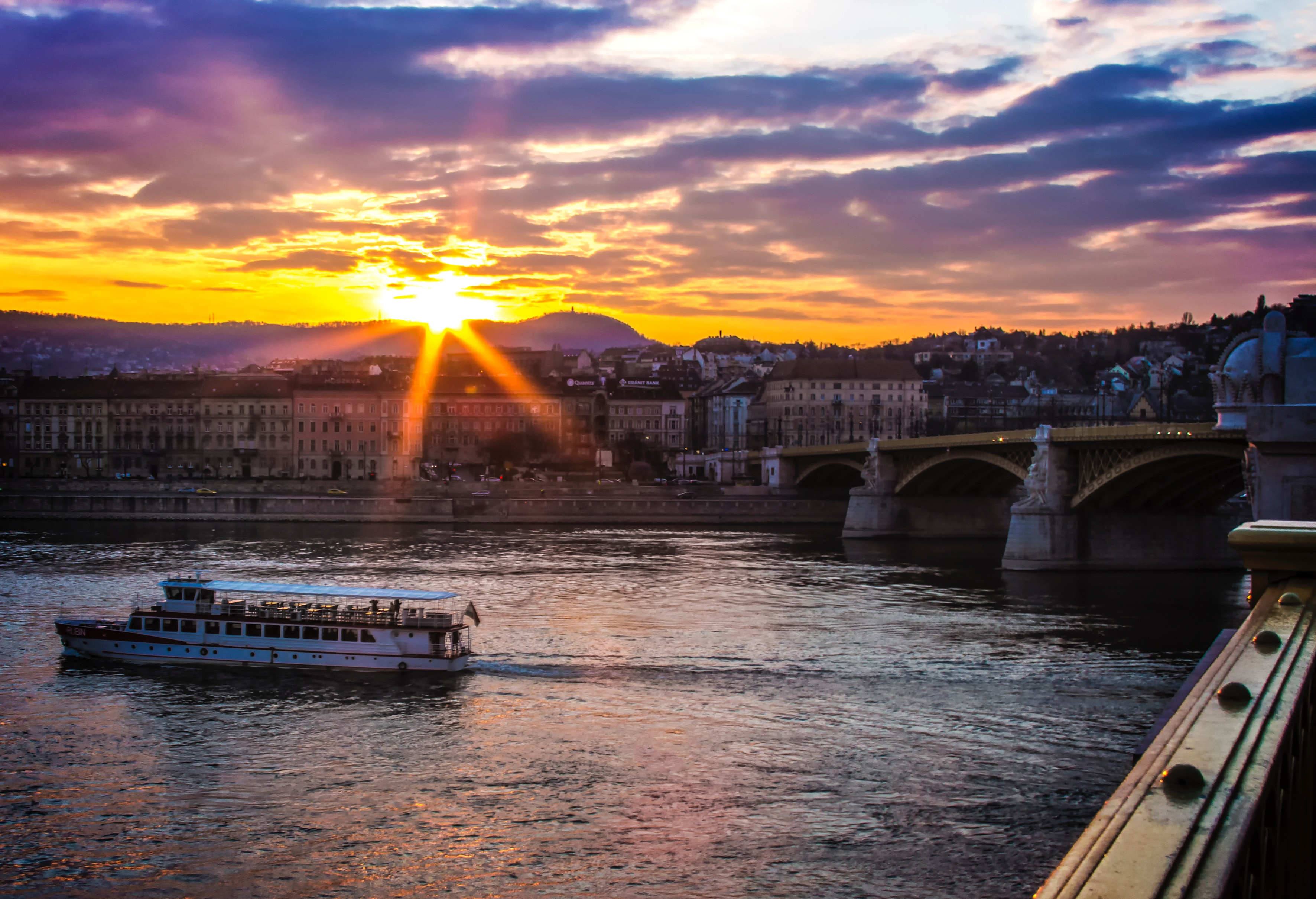 White Boat on Body of Water during Daytime, Bridge, Budapest, City, Cityscape, HQ Photo