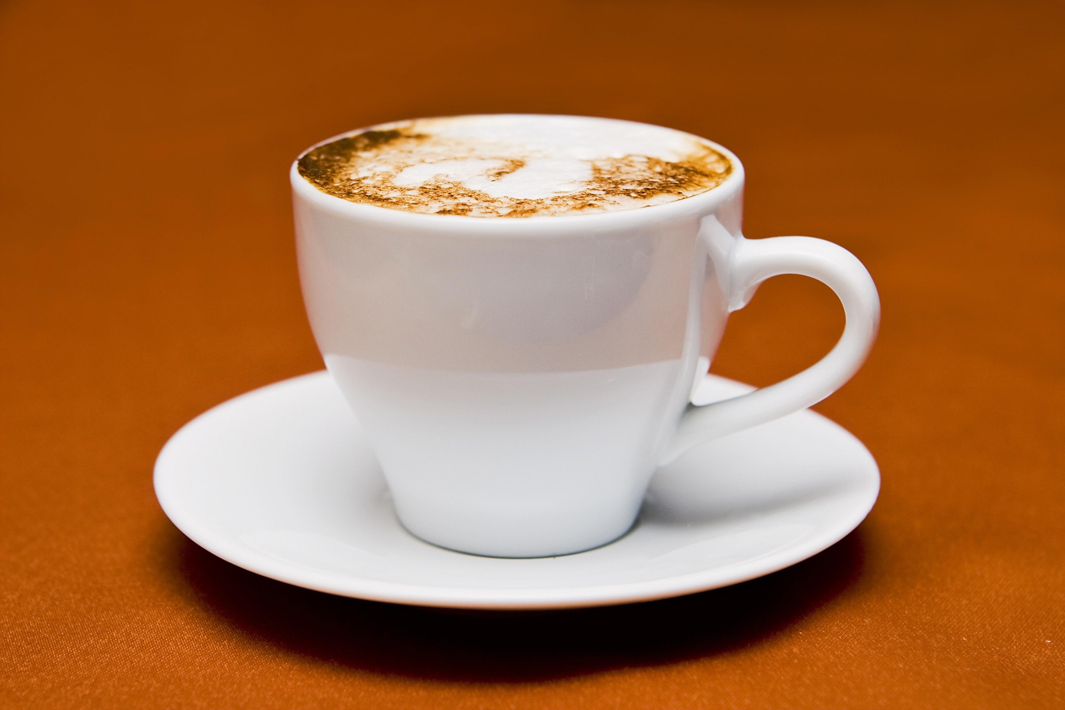 White Ceramic Cup on White Ceramic Saucer, Beverage, Cup of coffee, Mocha, Liquid, HQ Photo