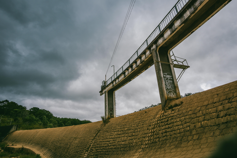 White Concrete Dam With Bridge, Architecture, Bricks, Construction, Dark clouds, HQ Photo