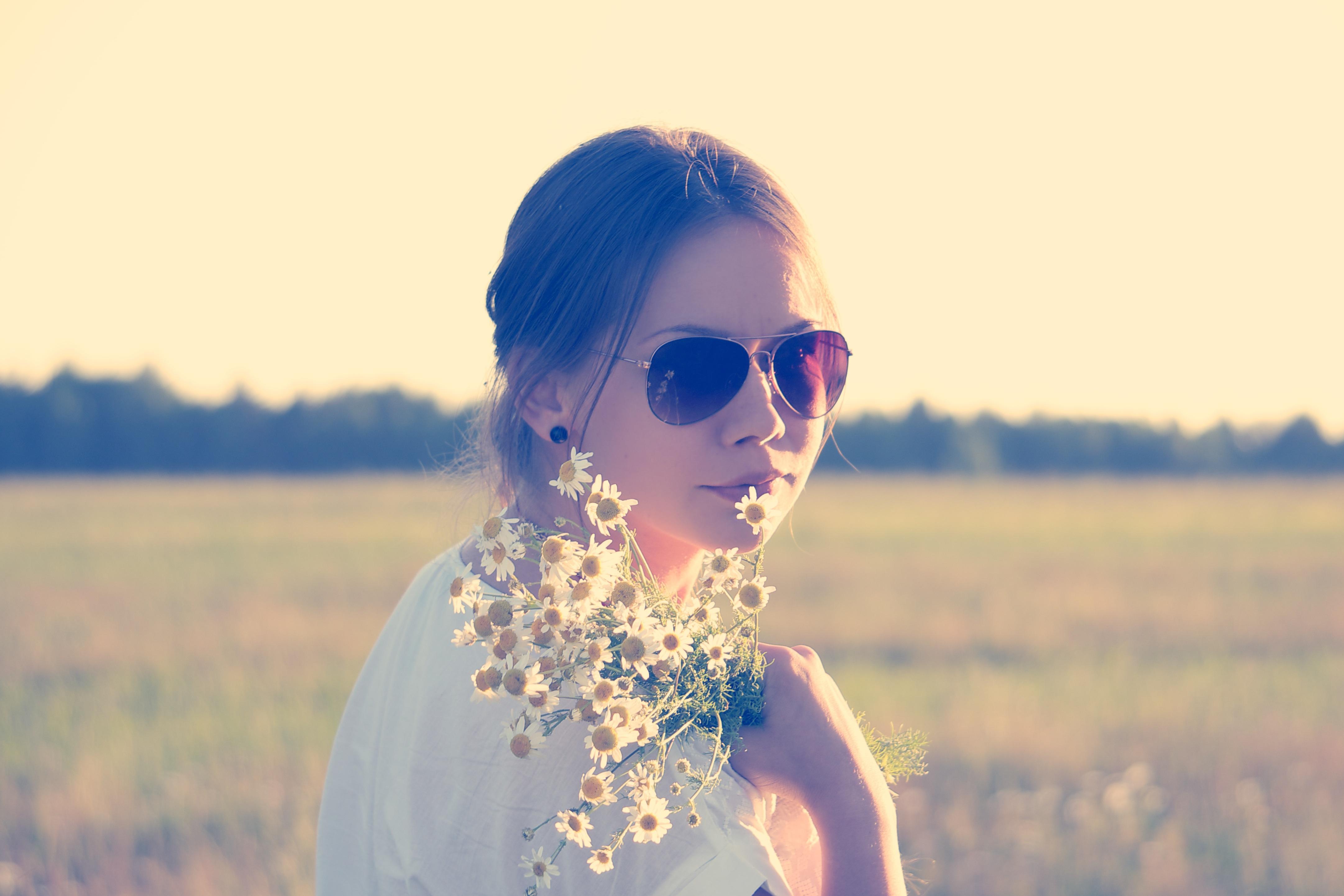 White flowers, Beauty, Field, Flower, Girl, HQ Photo