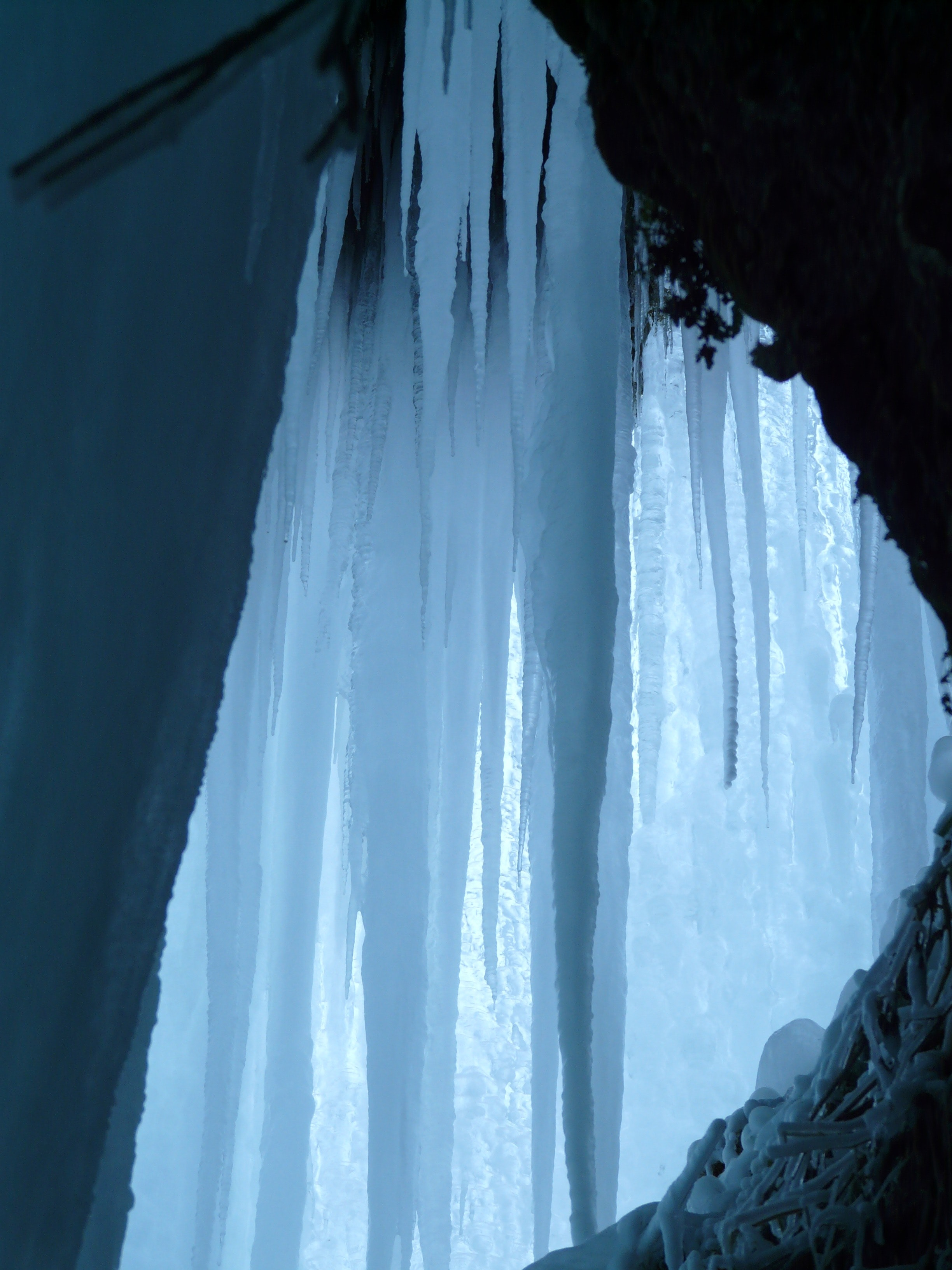White Ice during Daytime, Cave, Cold, Formation, Frozen, HQ Photo
