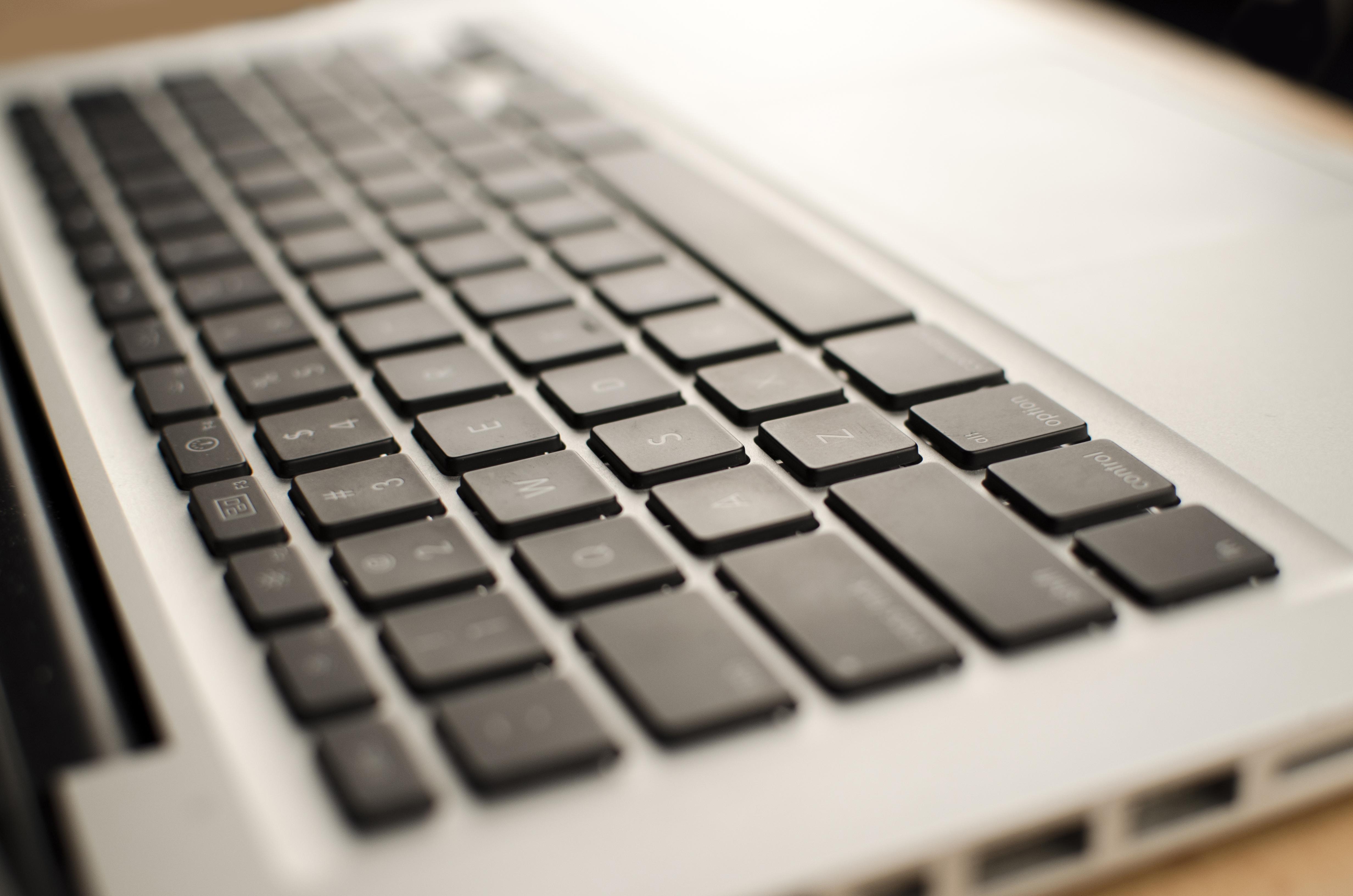 White laptop keyboard photo