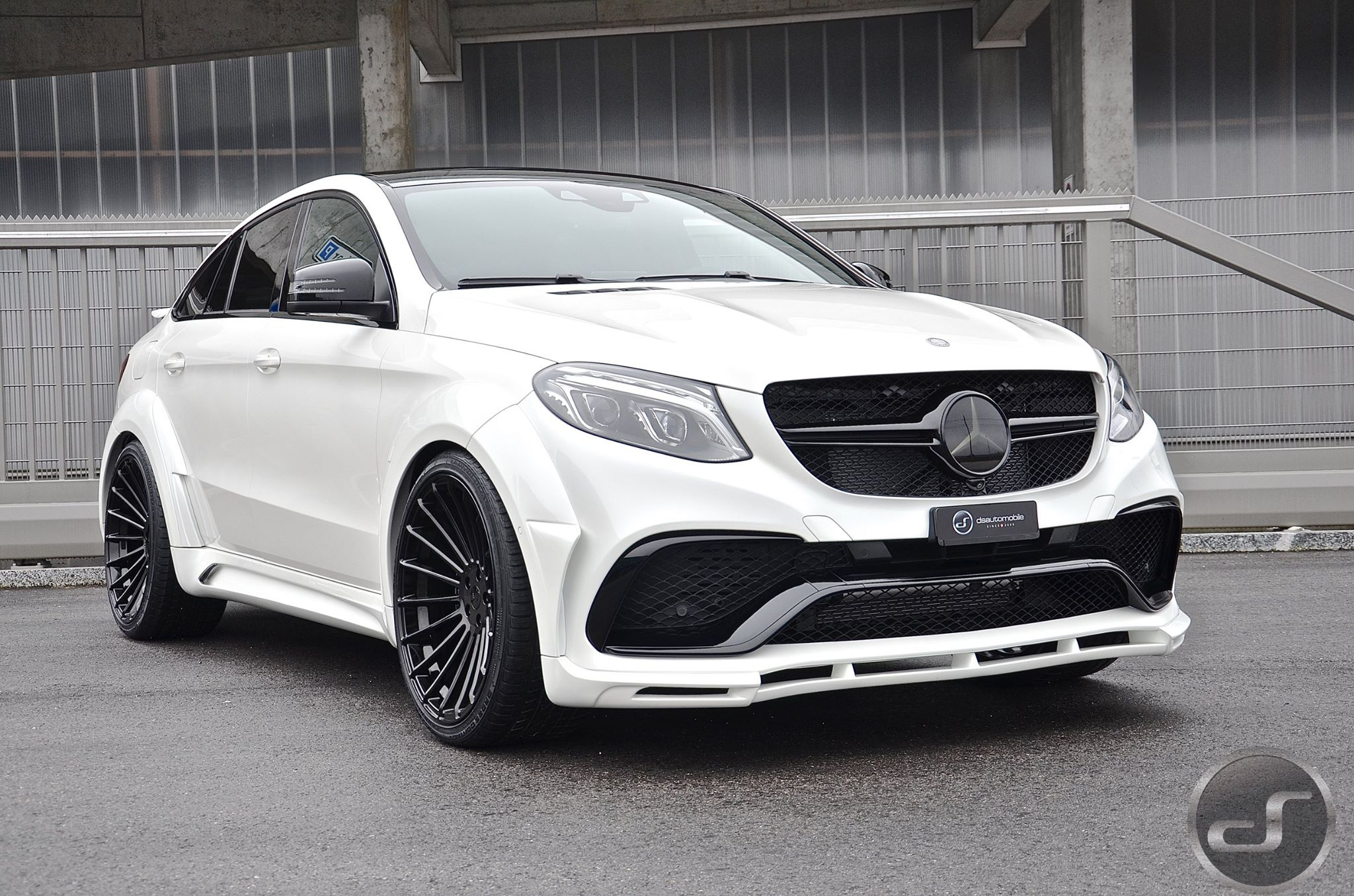 White Mercedes GLE Coupe With Hamann Body Kit Has a Wing - autoevolution