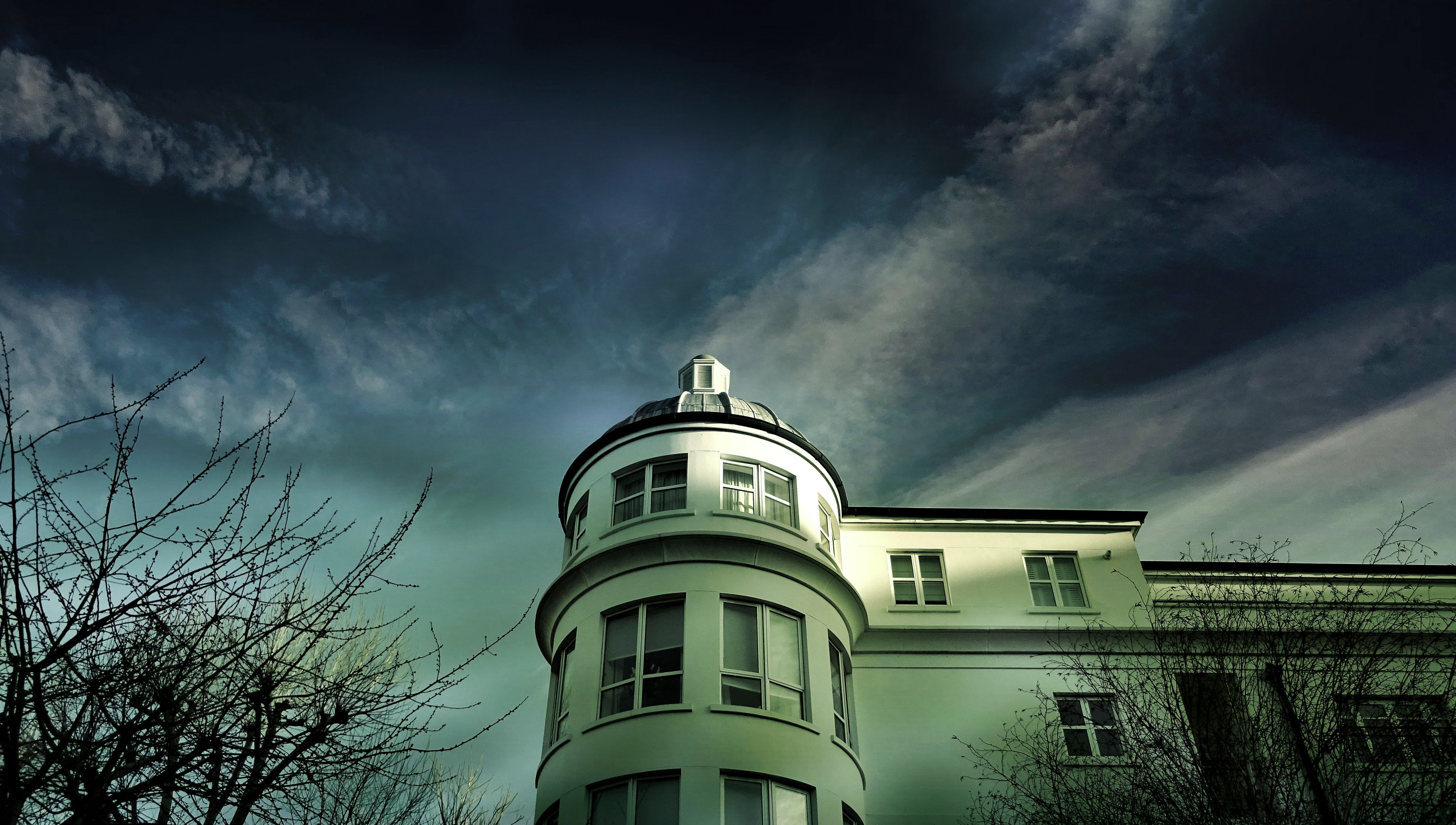 White Painted House Under Cloudy Sky, Architecture, Building, Clouds, Cloudy, HQ Photo