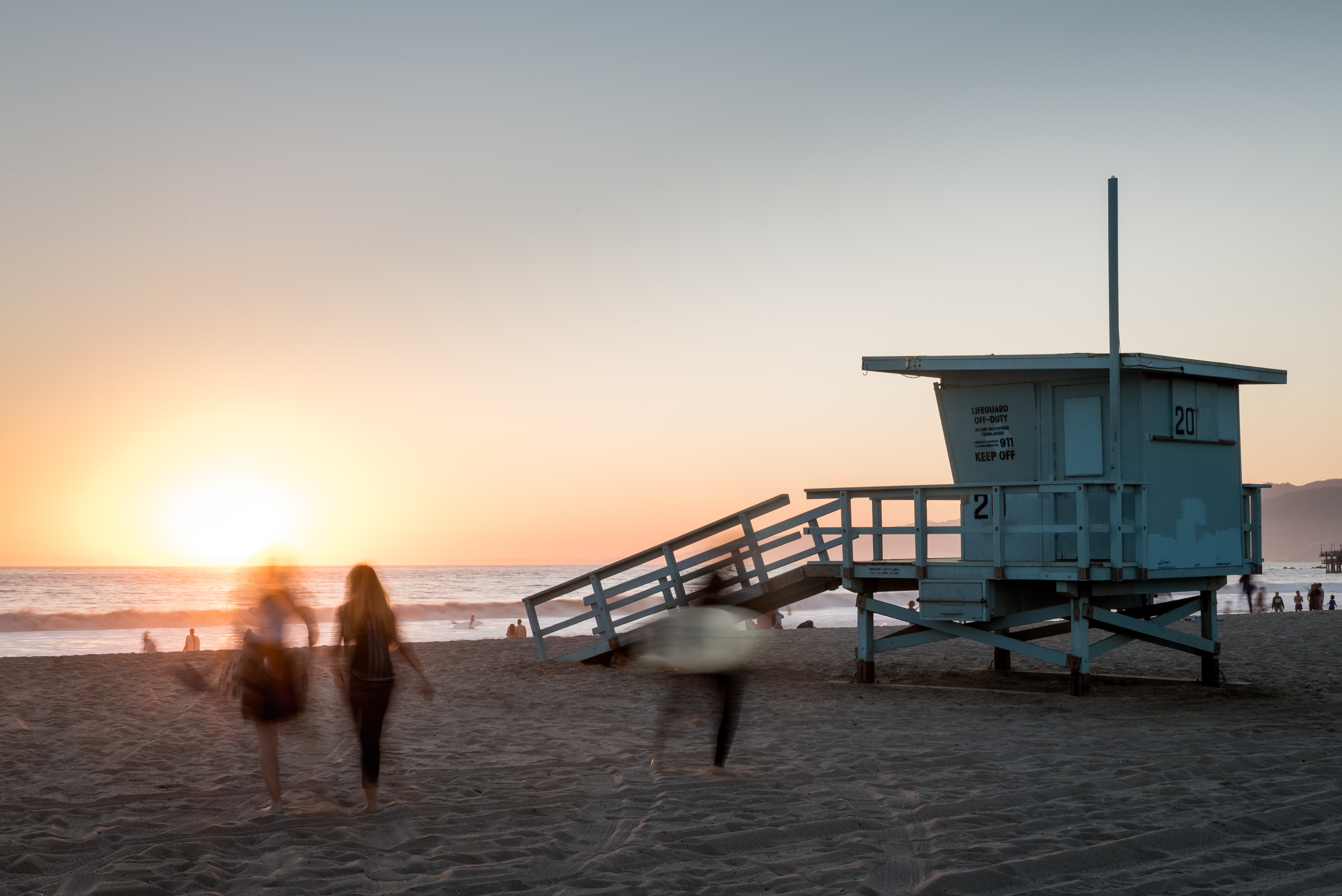 White Wooden Lifeguard Shed, Baywatch, Santa Monica, Waves, Water, HQ Photo