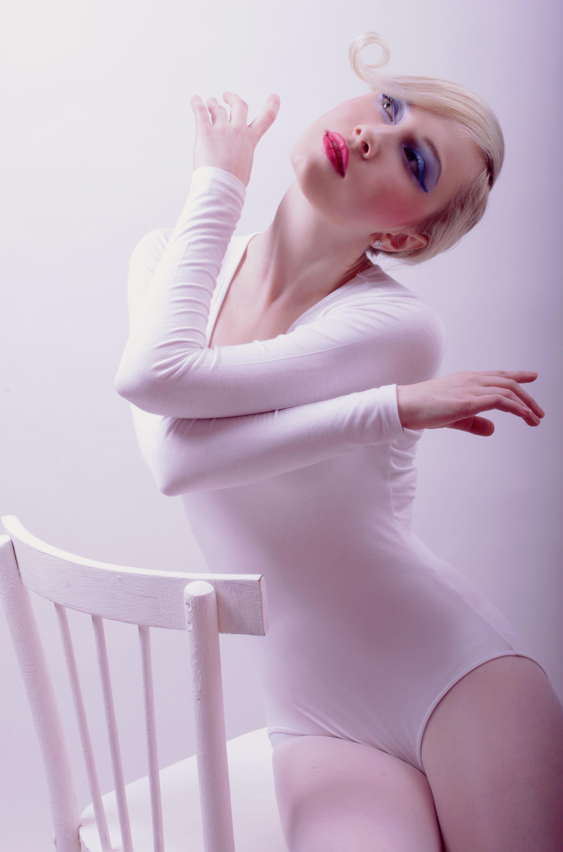 White1, Pose, Sitting, Studio, White, HQ Photo
