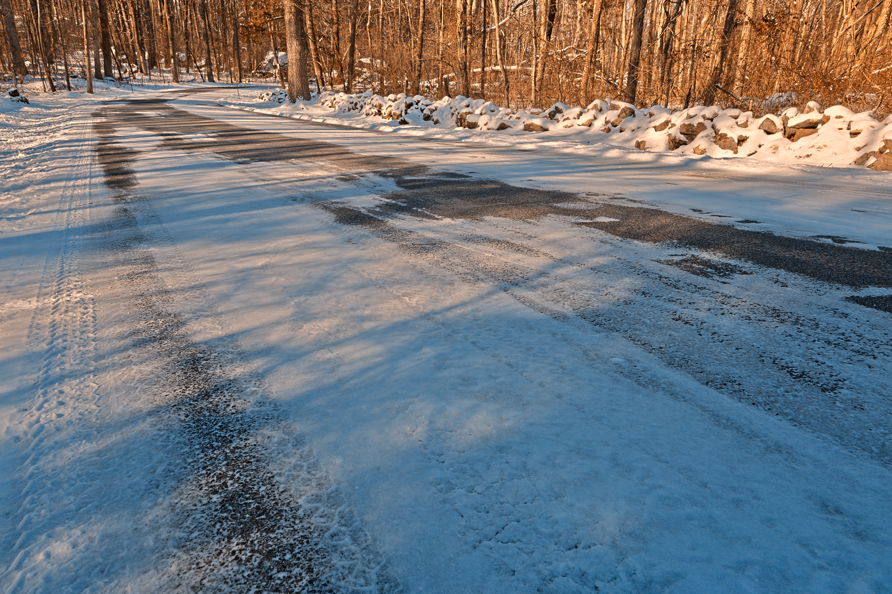 Winding winter road - hdr photo