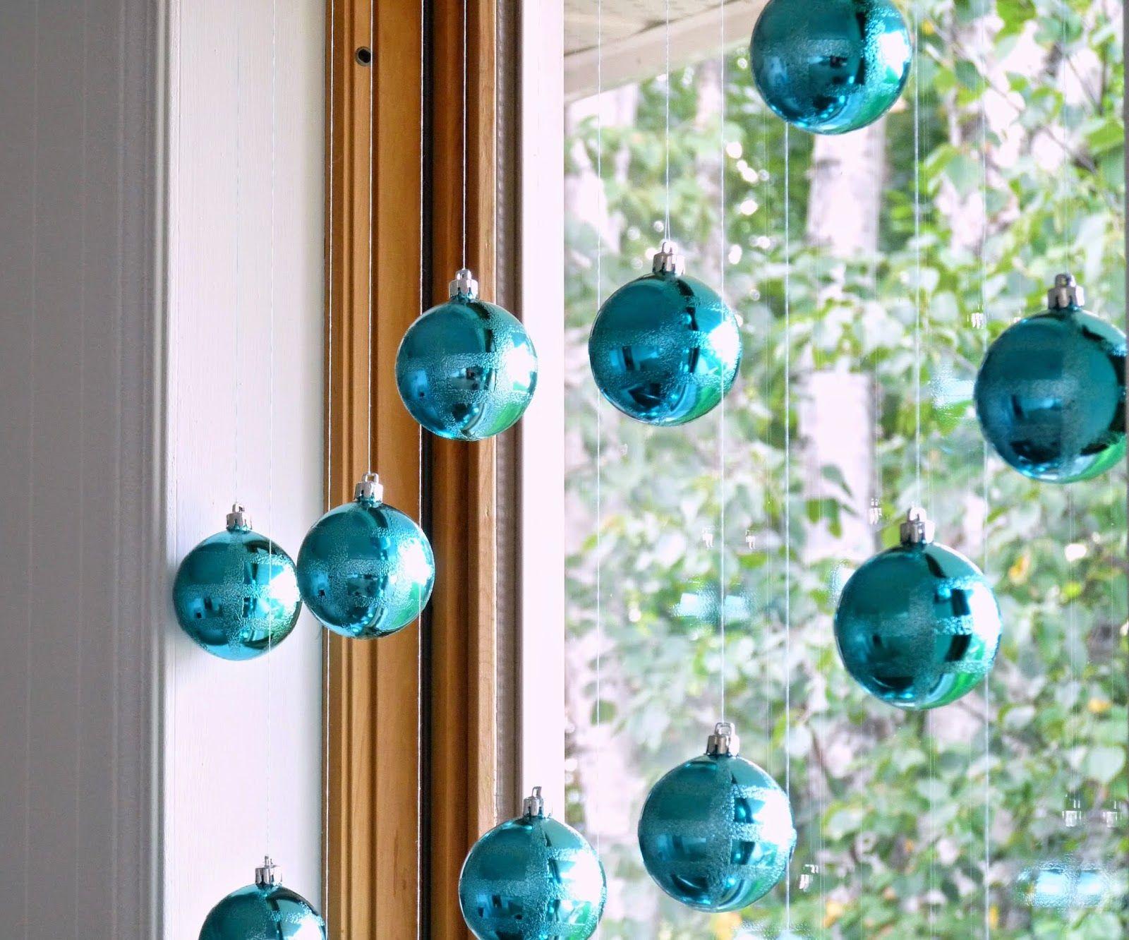Window ornaments photo