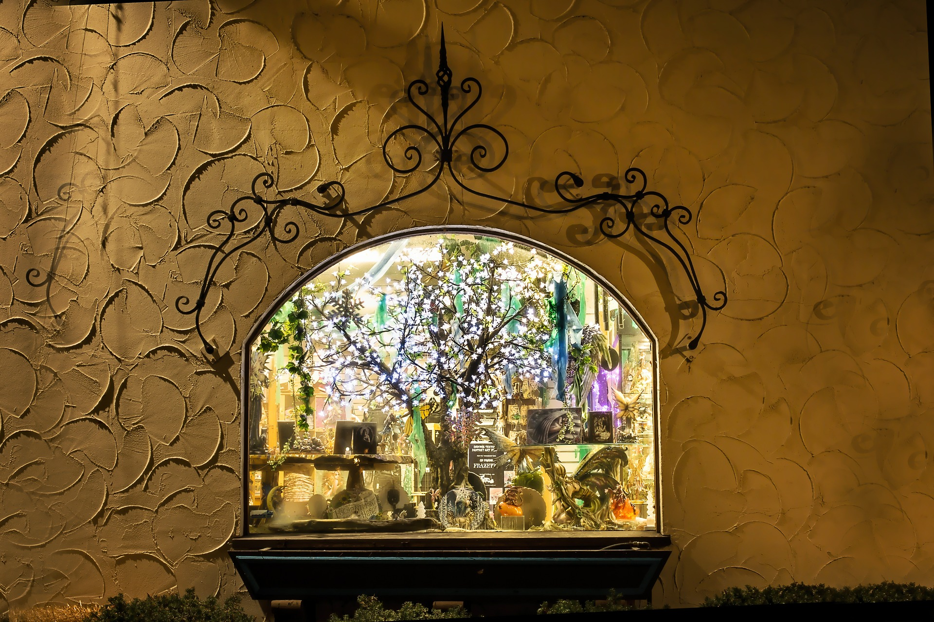Window with Ornaments, Wall, Window, Ornaments, Object, HQ Photo