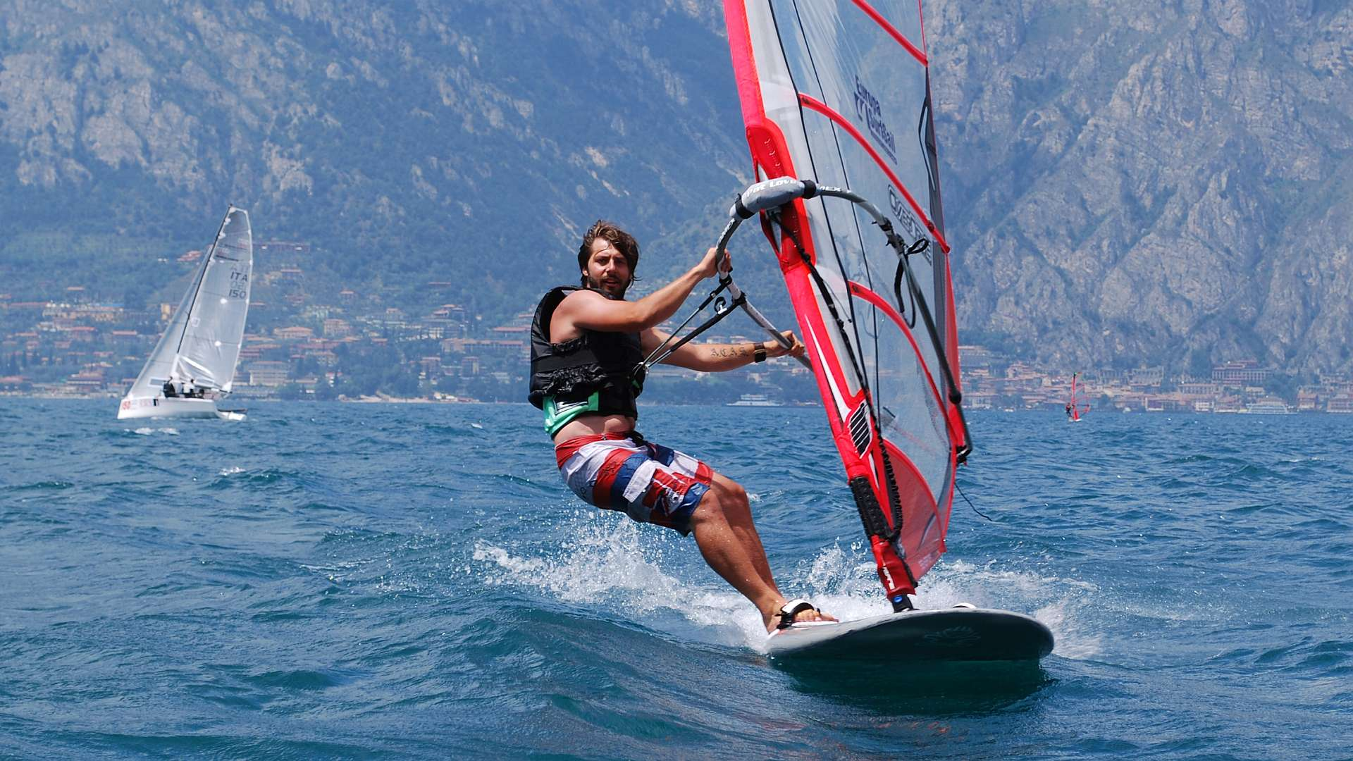 Windsurfing photo