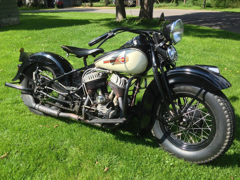 My dad's 1939 Harley-Davidson WLD : bikesgonewild