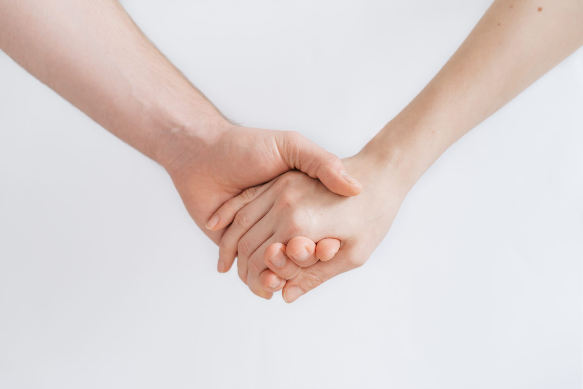 Holding Hands Is Powerful Enough to Ease Pain and Sync Brain Waves