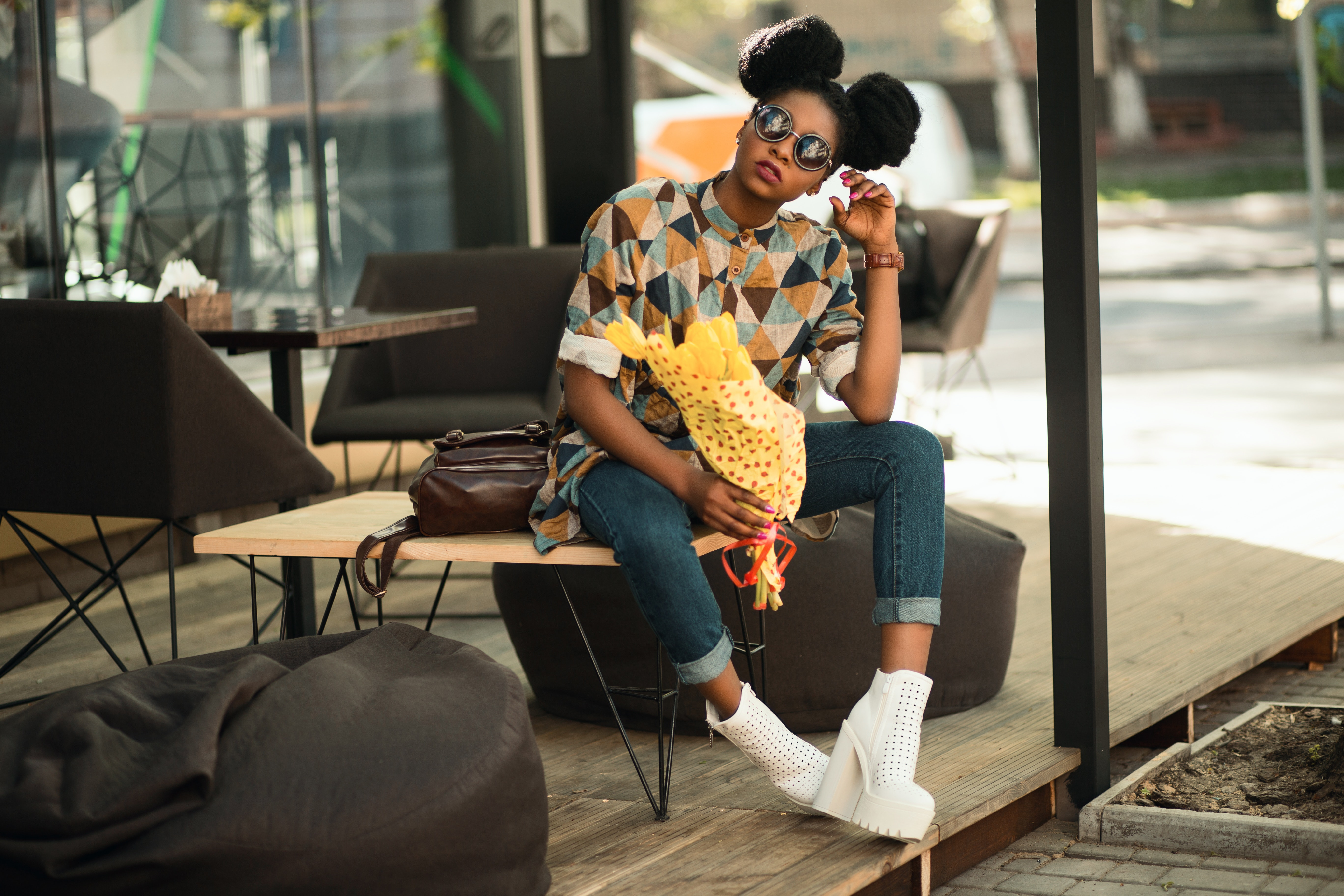 Woman in Brown and Gray T-shirt Sitting on Brown Wooden Table, Bag, Outfit, Yellow, Wood, HQ Photo