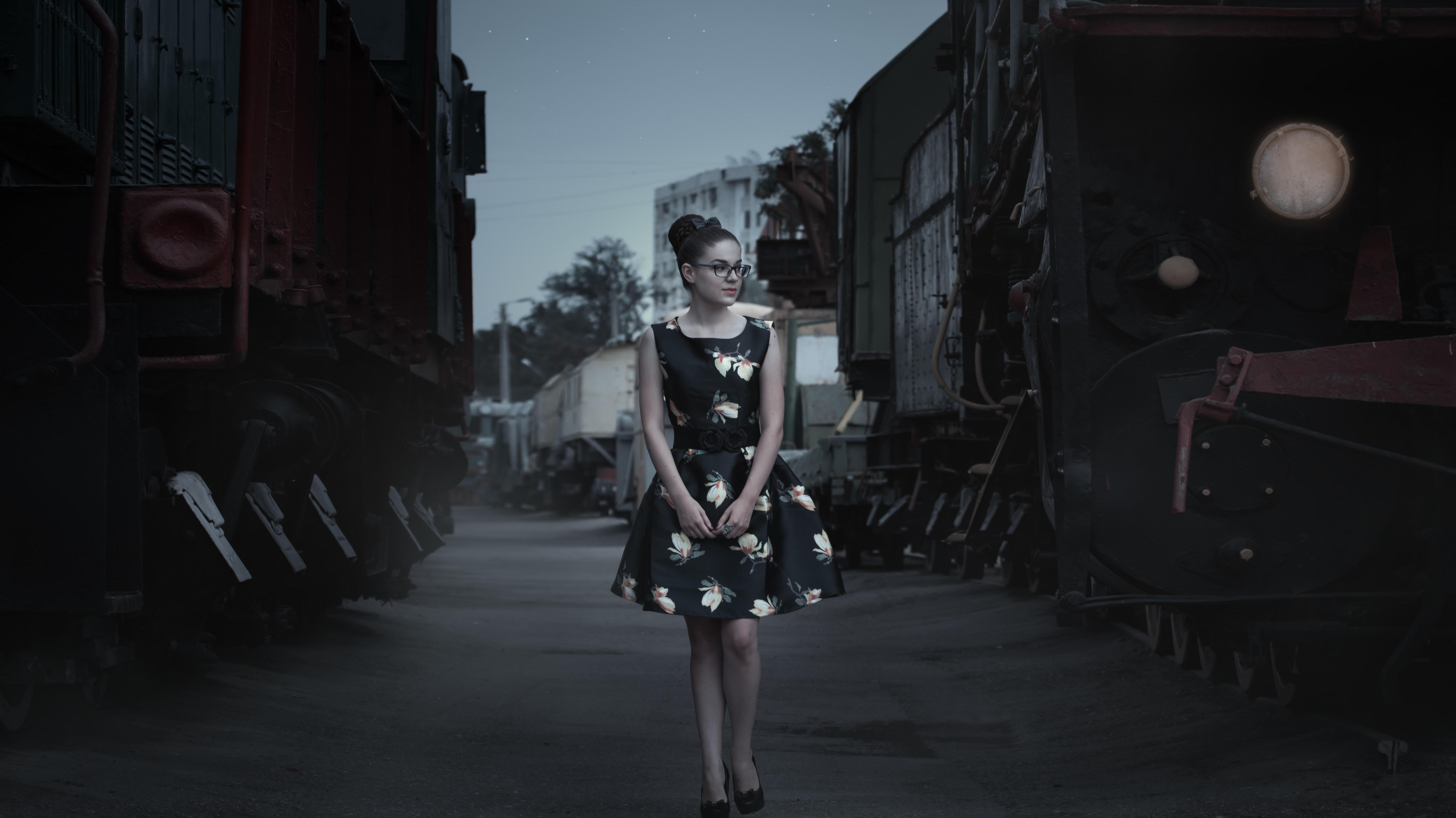 Woman in City at Night, Beautiful, Dress, Fashion, Female, HQ Photo
