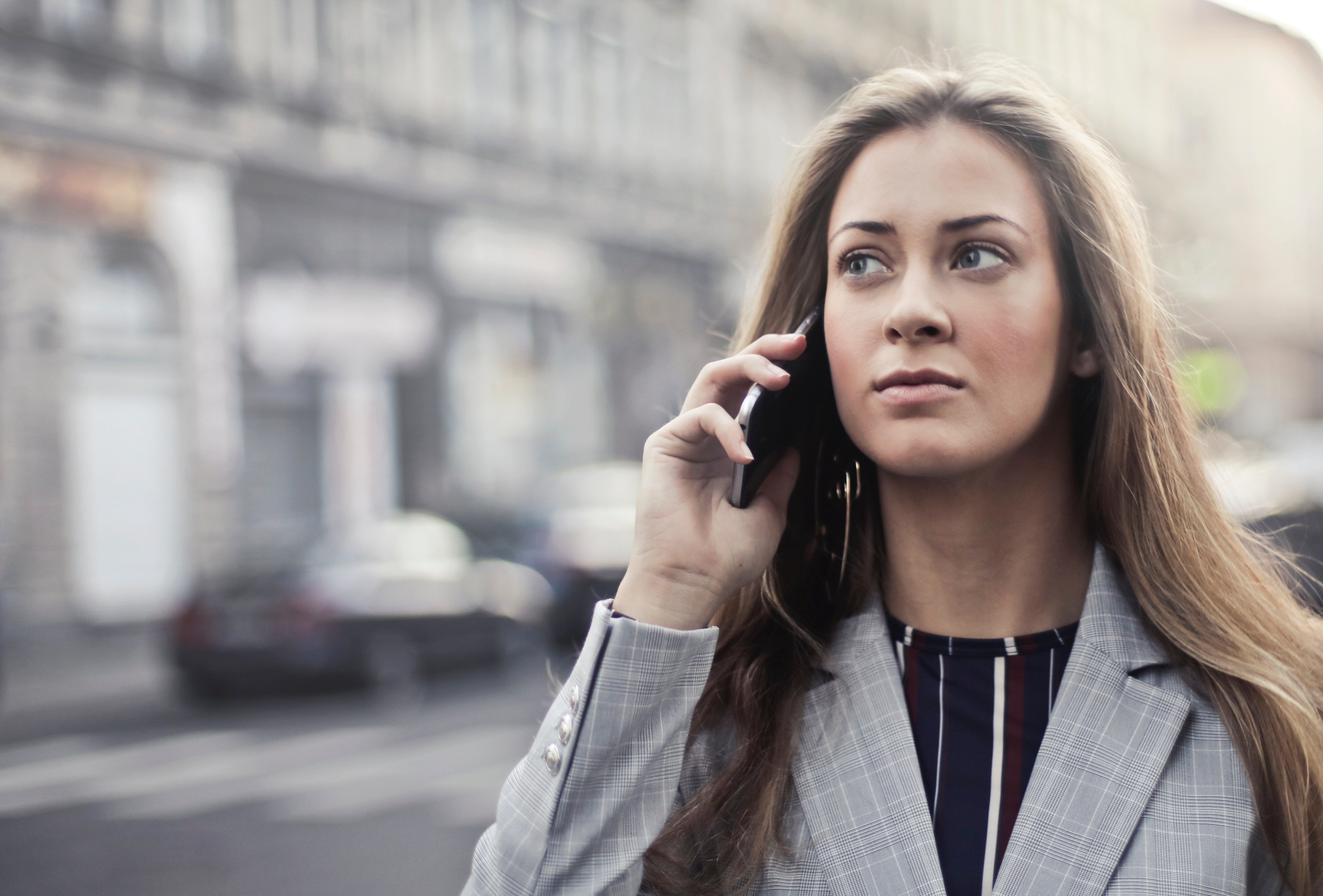 Woman in Grey Notched Lapel Suit, Mobile, Young, Woman, Urban, HQ Photo