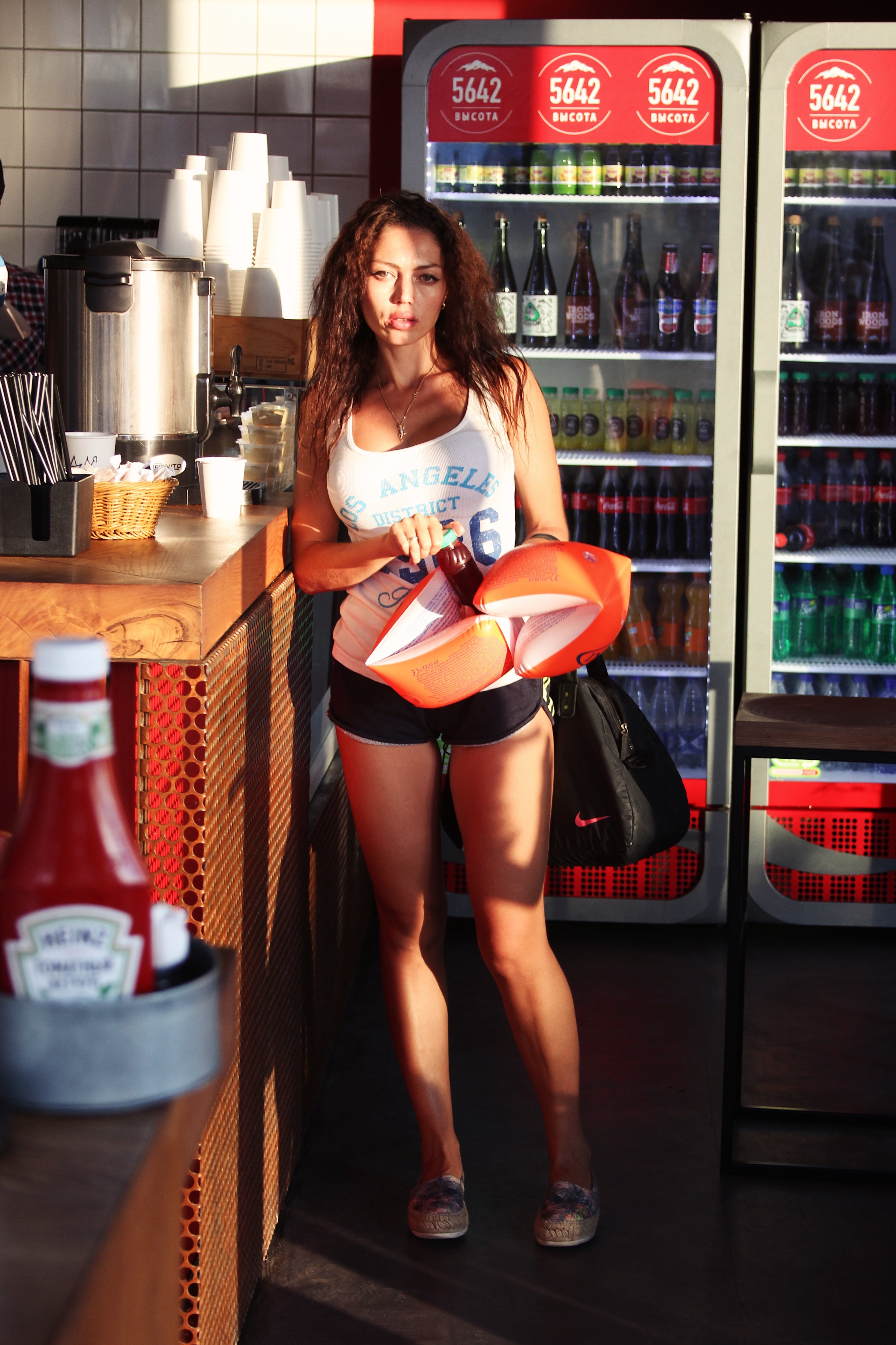 Woman in White and Blue Tank Top, Adult, Ketchup, Woman, Wear, HQ Photo
