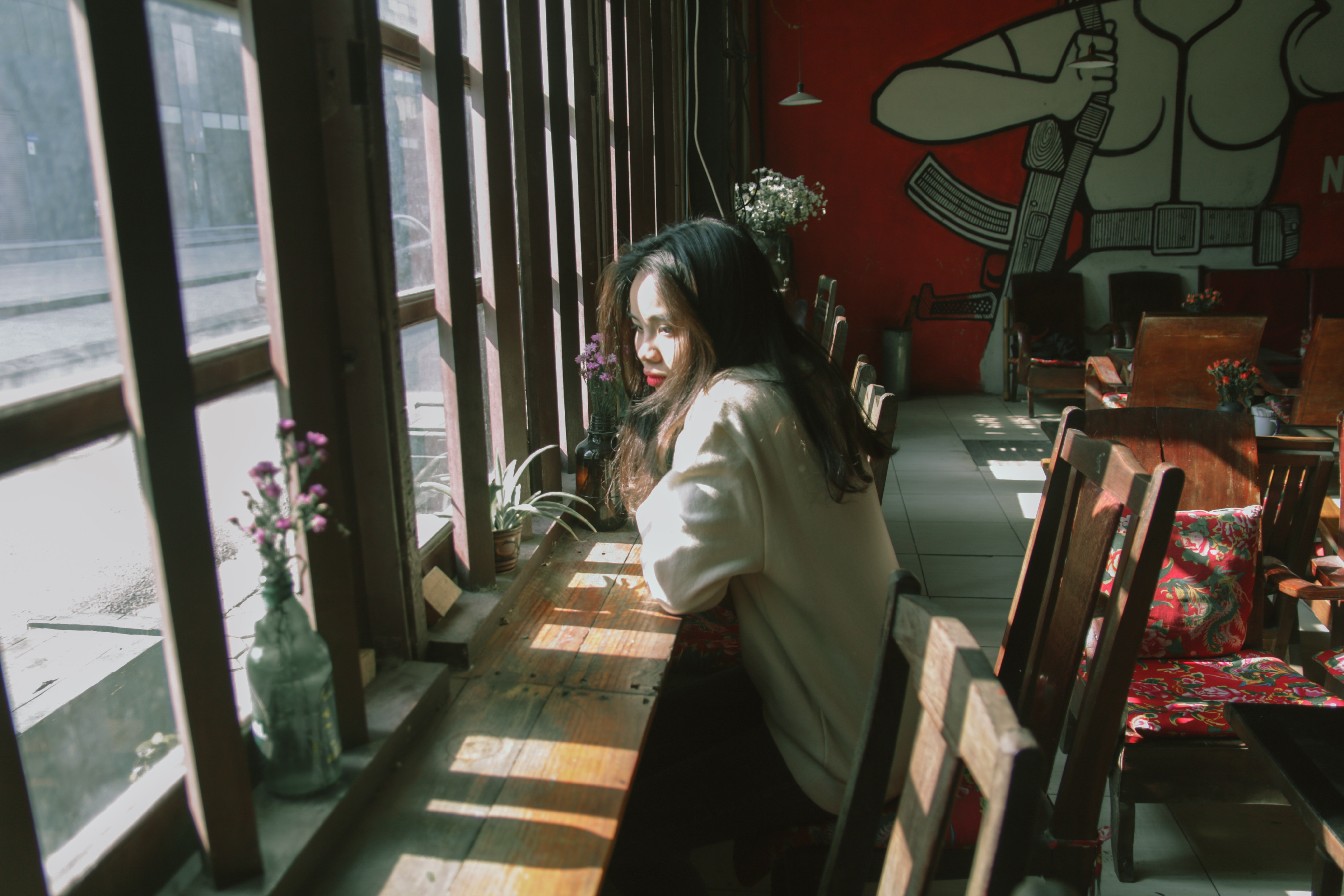 Woman Sitting on Chair Leaning on Table and on Facing Window, Looking, Woman, Windows, Wear, HQ Photo