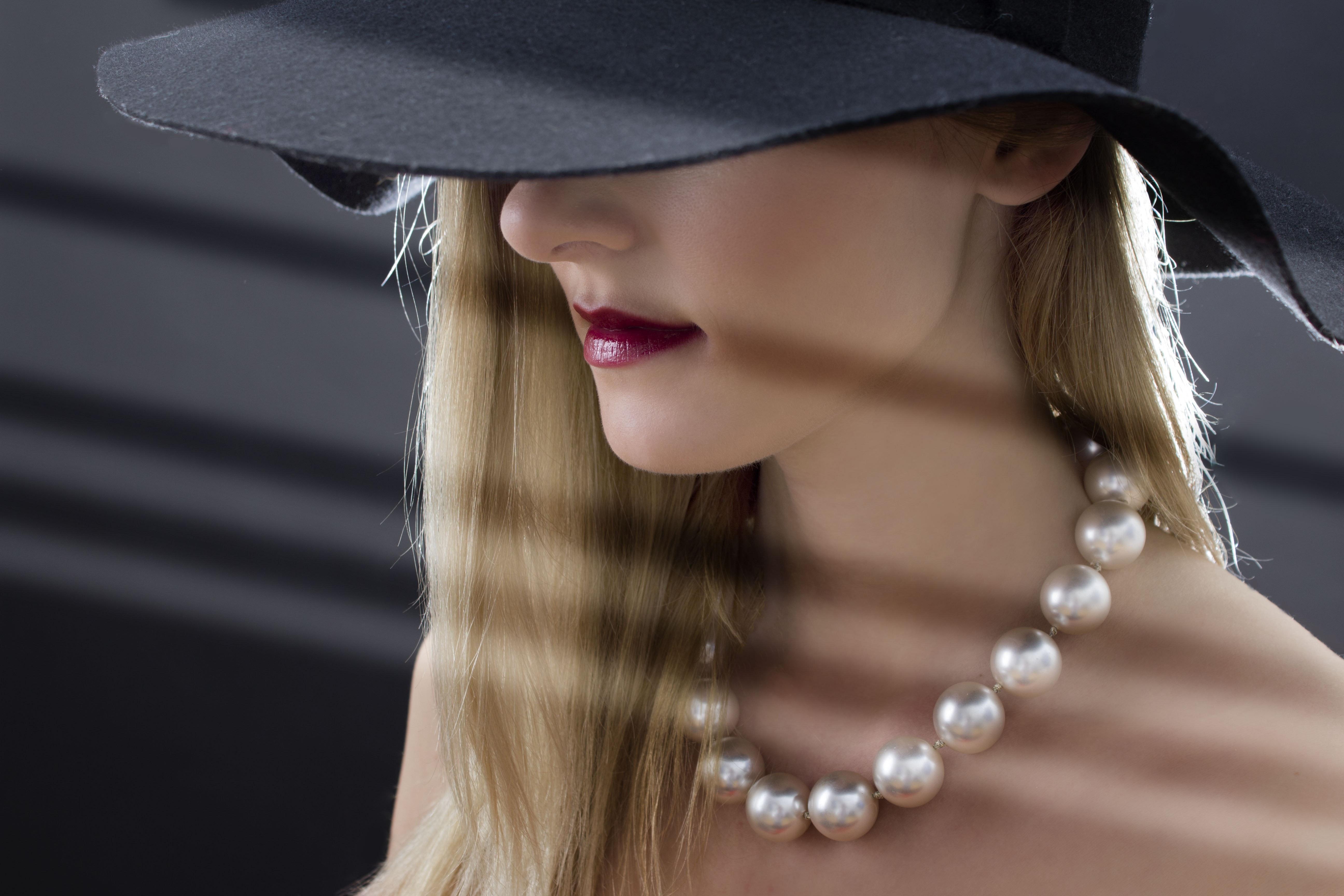 Woman wearing hat photo