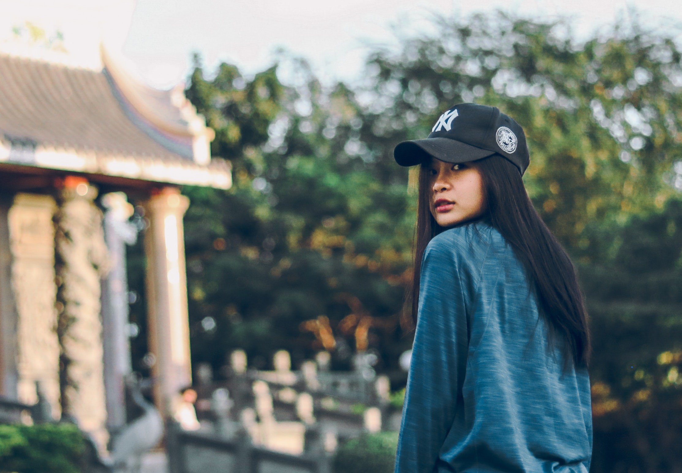91adc3ca95d Free photo: Woman Wearing Sweater And Baseball Cap - Person, Style ...