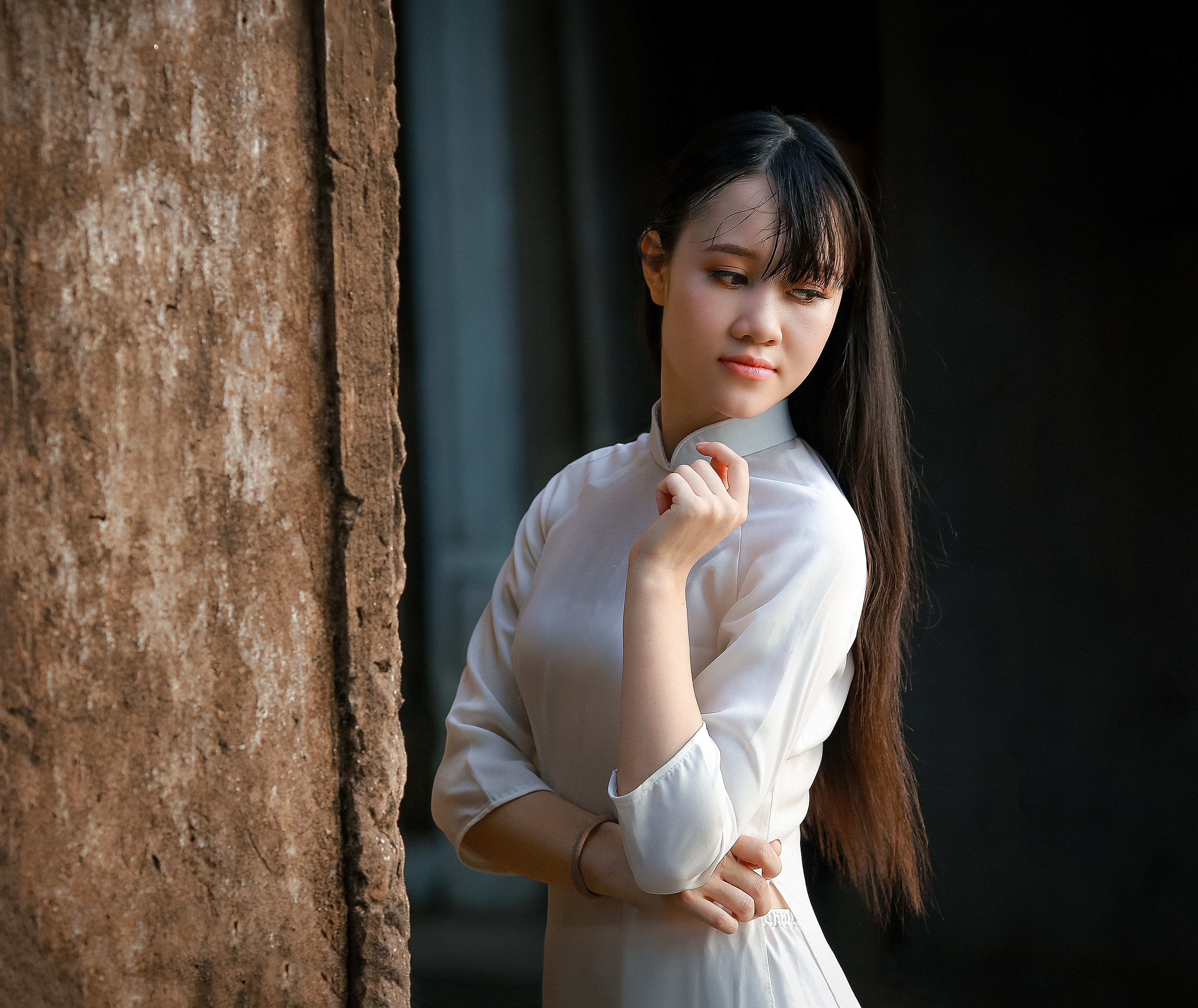 Women in White Long-sleeved Dress, Looking, Young, Woman, Style, HQ Photo