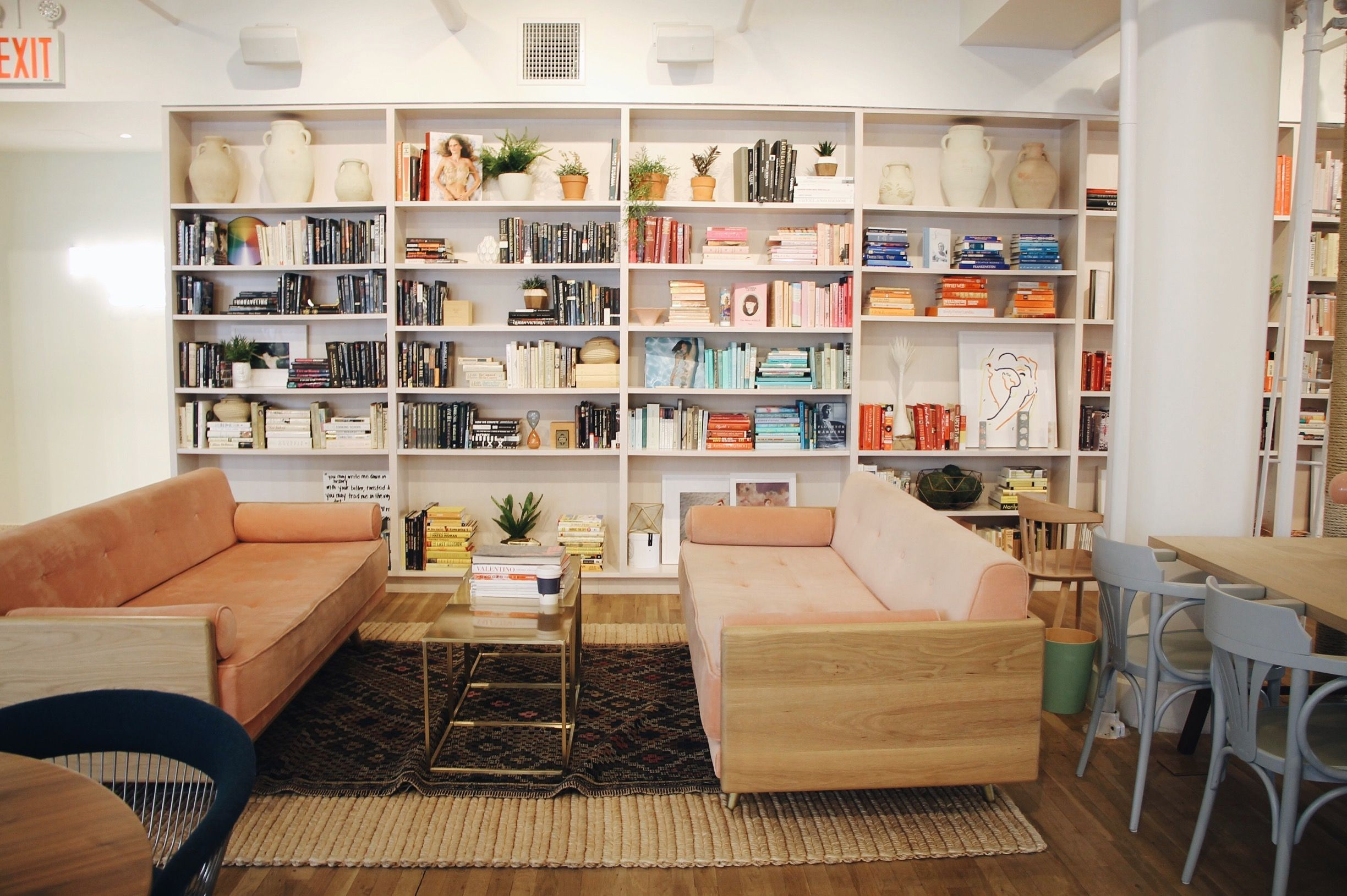 Inside The Wing, NYC's Women-Only Social Club | Coworking space ...