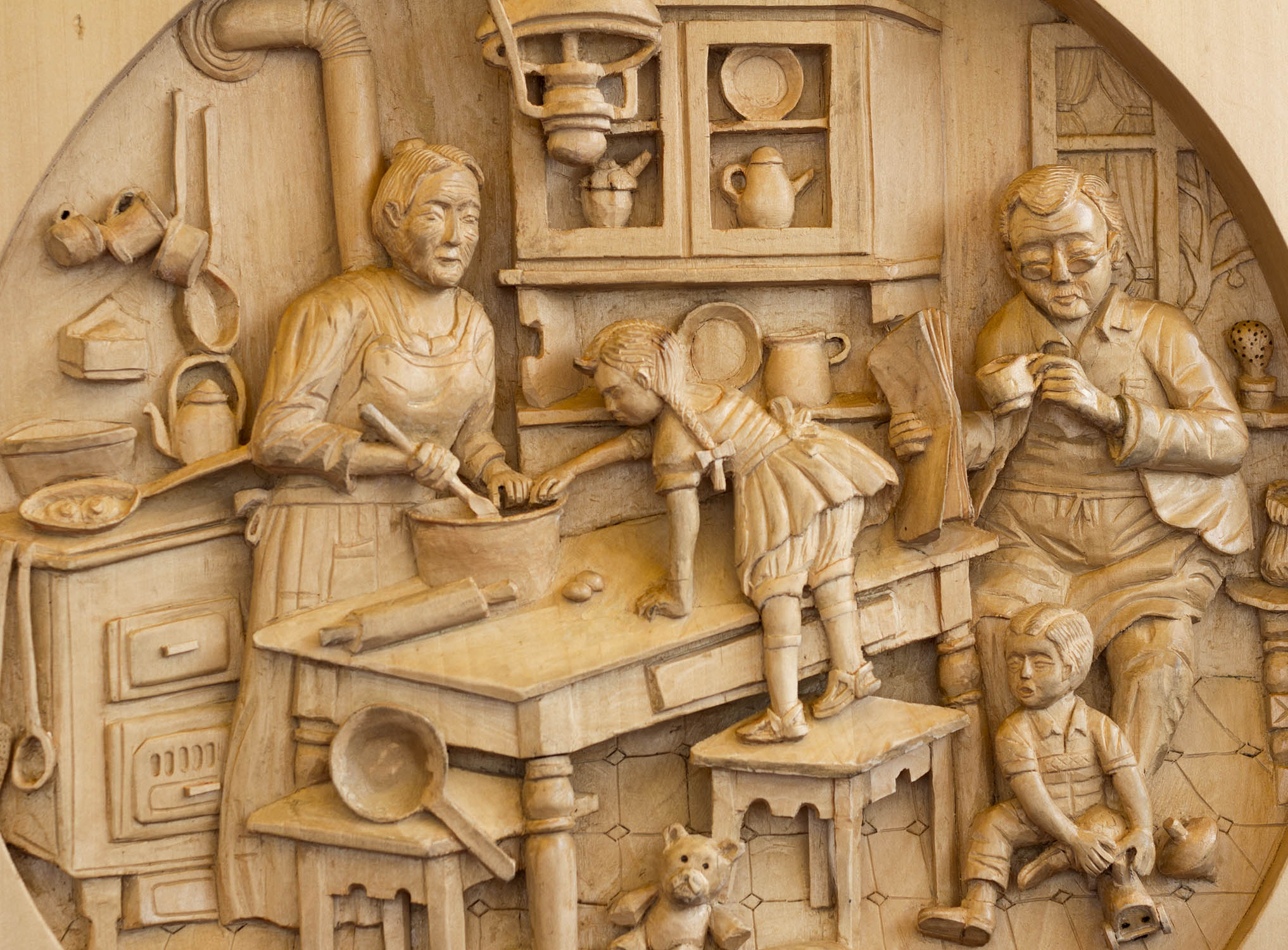 wood carving from aosta italy - Log Cabin Cooking