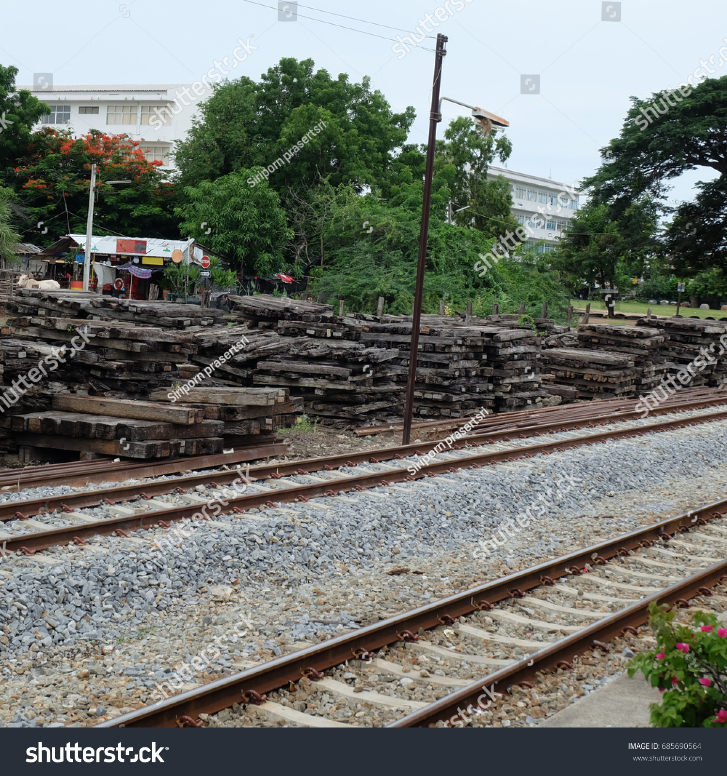 Old Wooden Rail Track Stock Photo 685690564 - Shutterstock