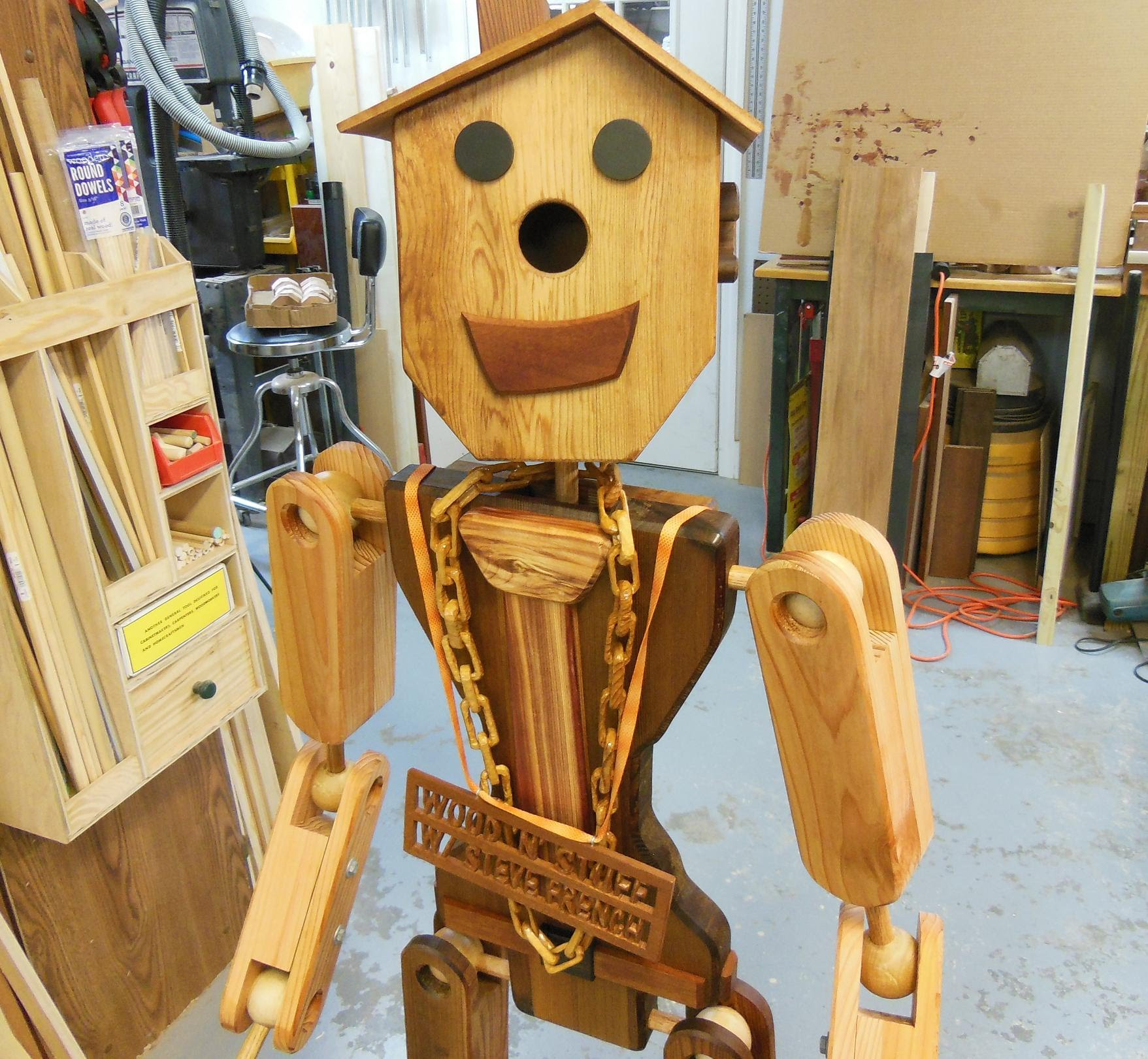 Awesome life-sized wooden robot: How I made