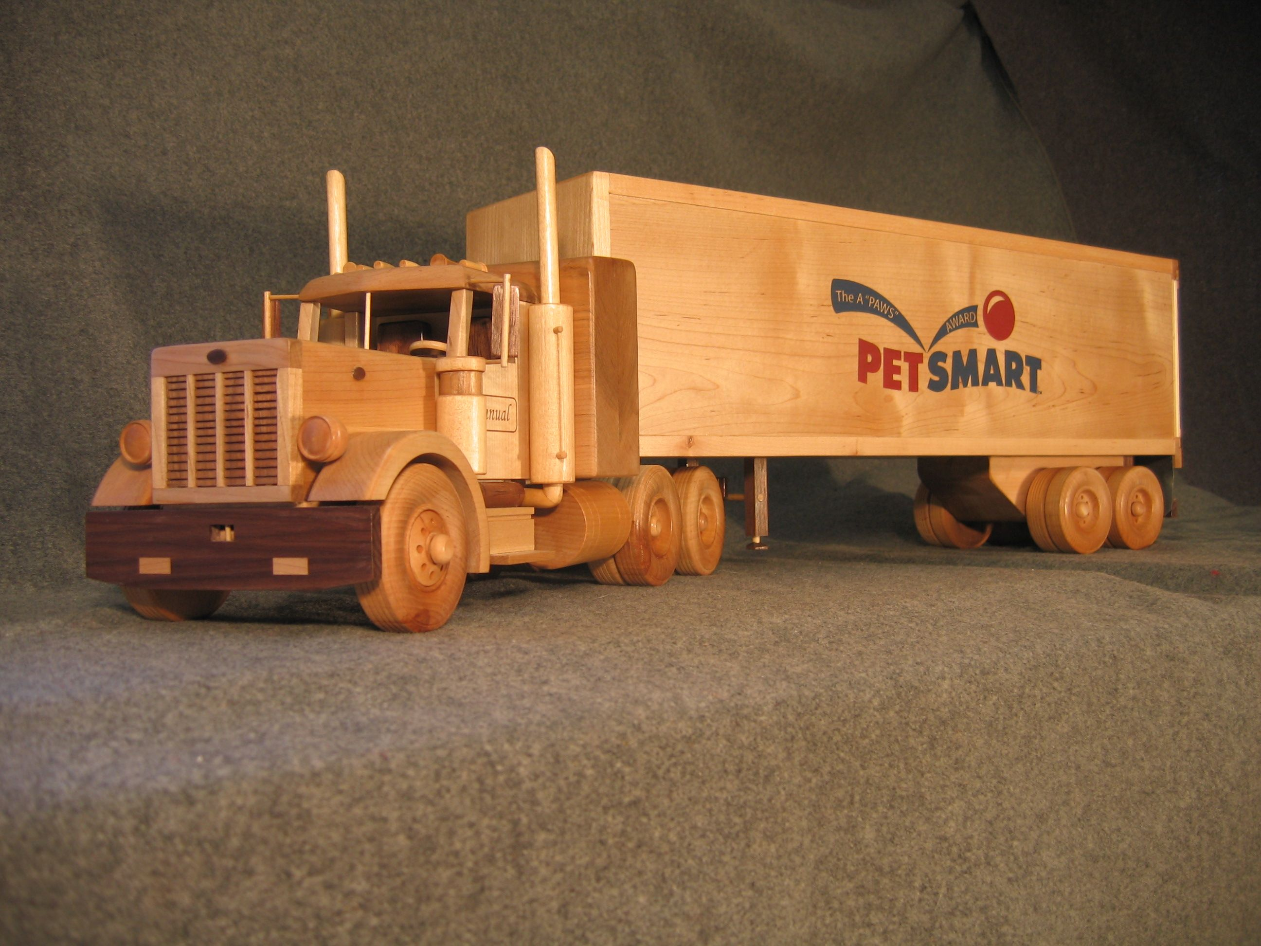 wooden toy trucks - Google Search | Wooden Toys | Pinterest | Wooden ...