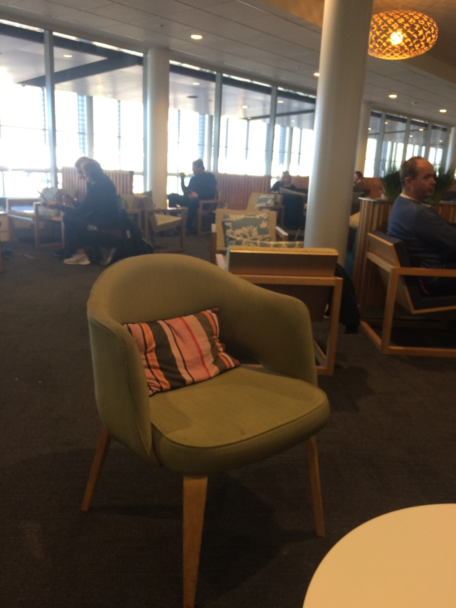 ZQN: Air New Zealand Koru Lounge Reviews & Photos - Main Terminal ...