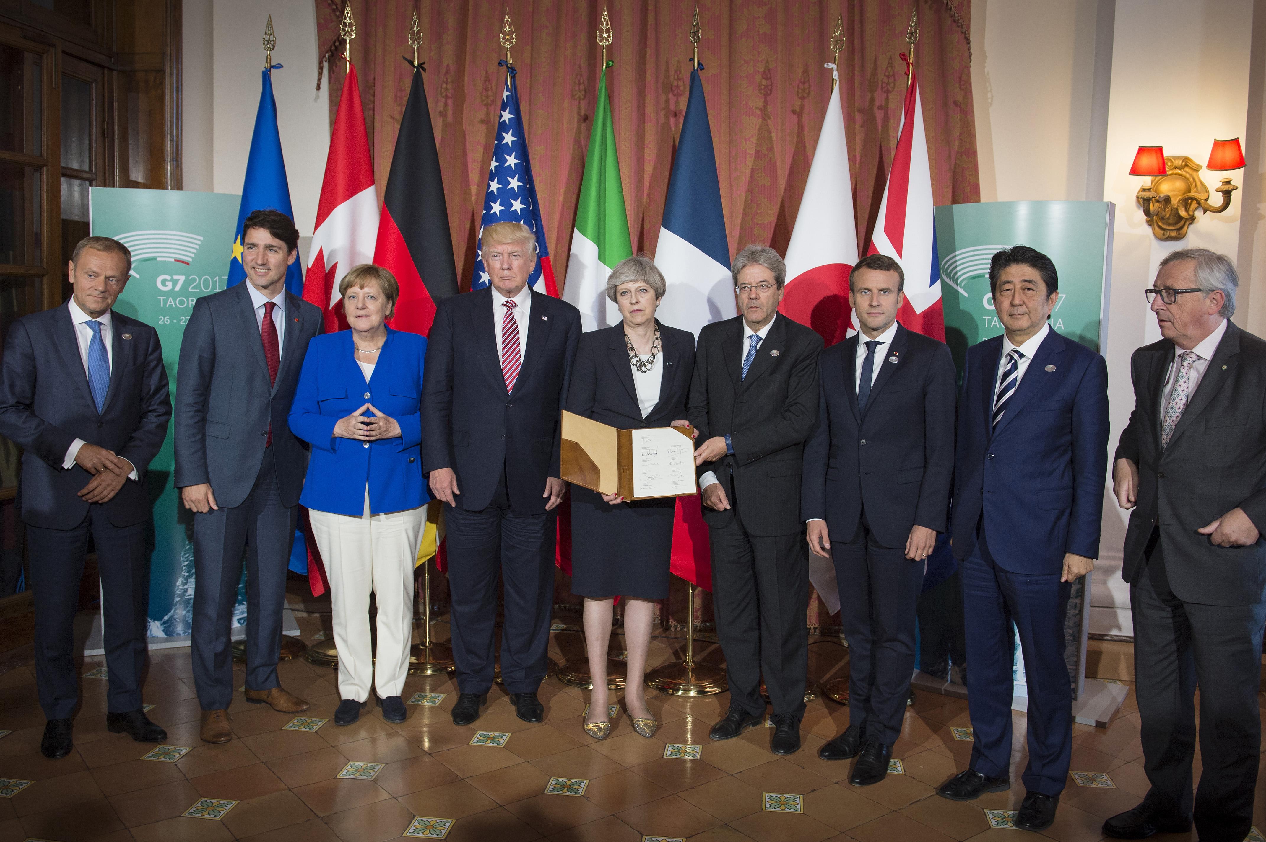 World leaders photo