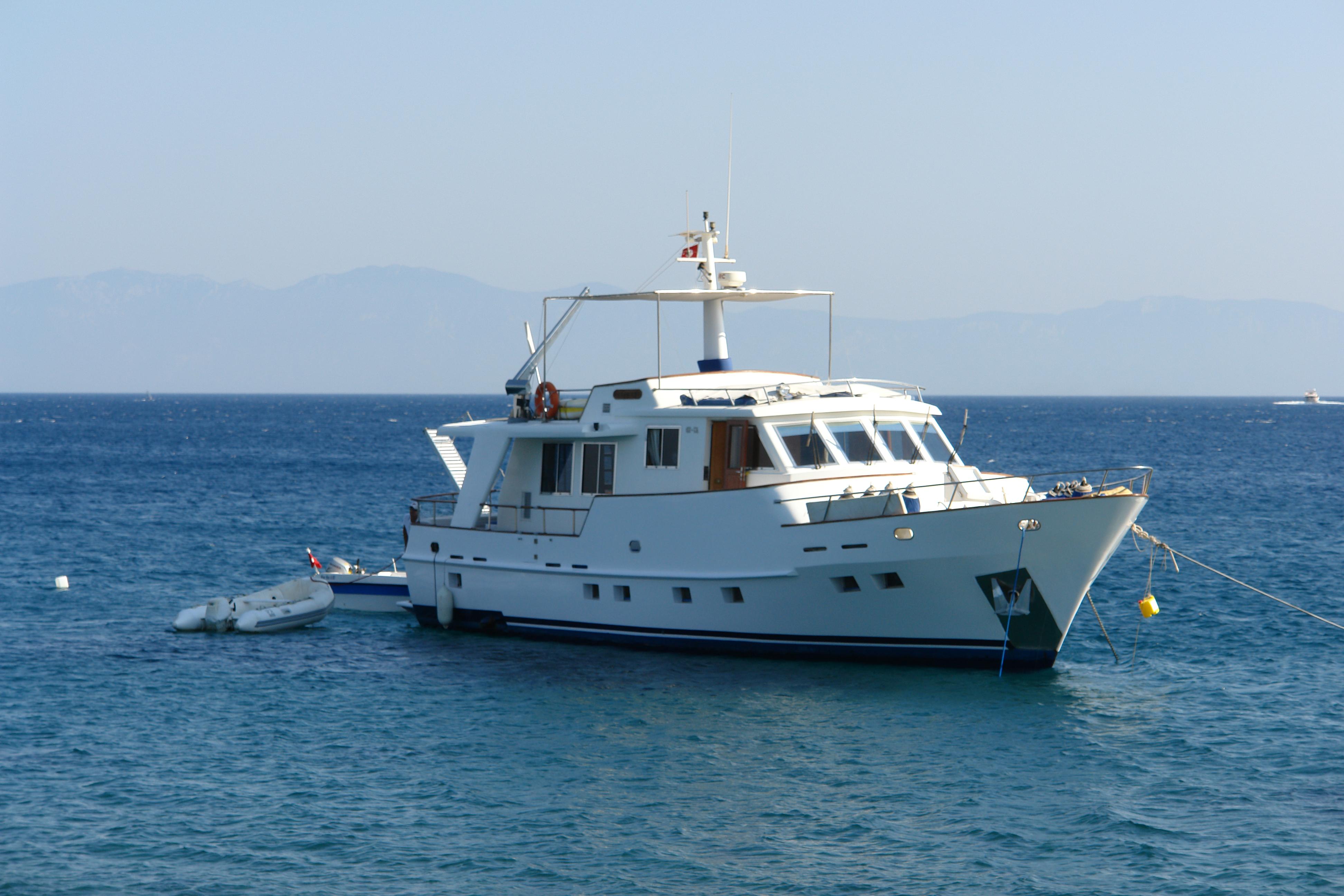 Yacht at sea, Boat, Luxury, Ocean, Sail, HQ Photo