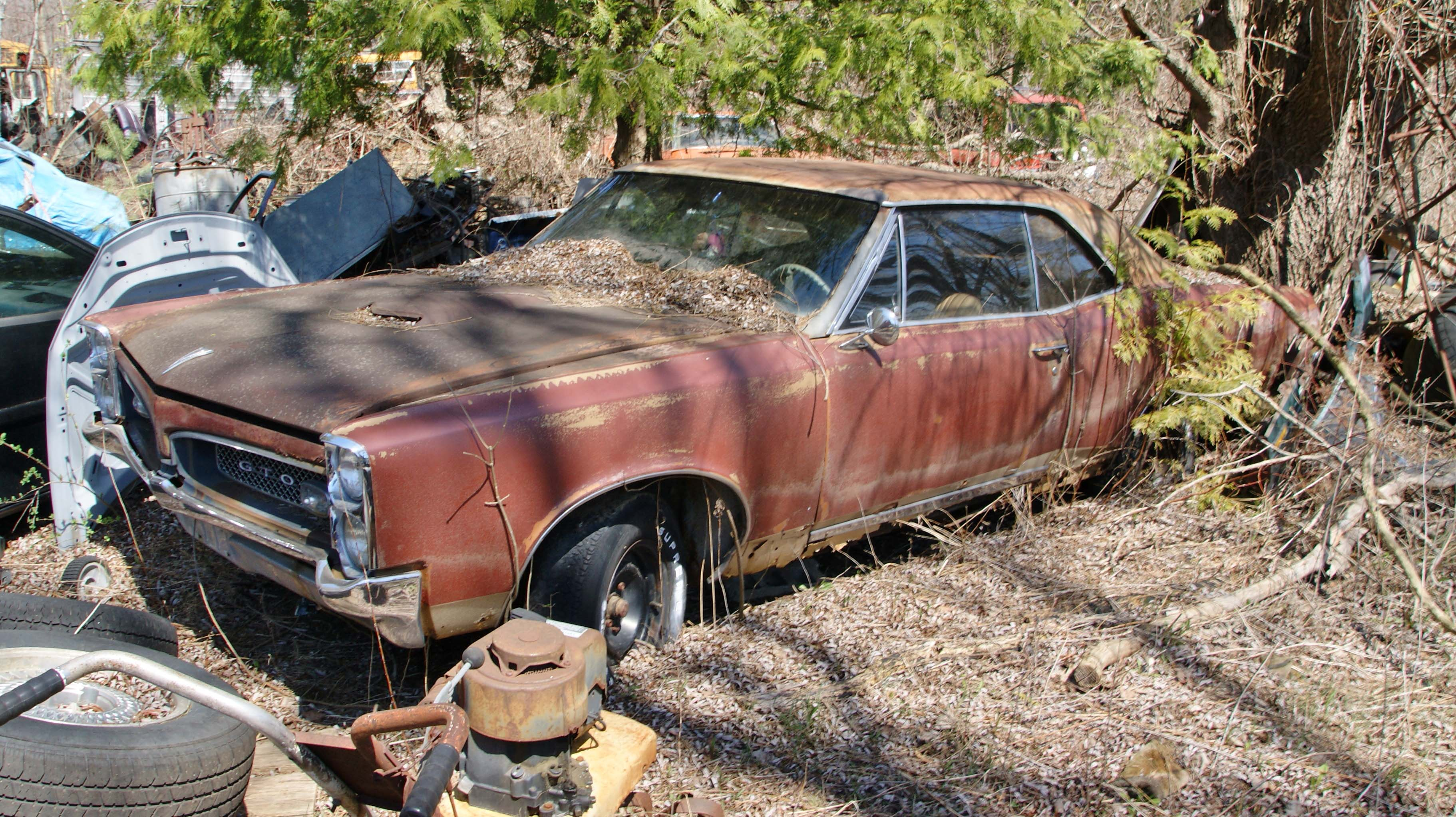 Michigan Junkyard Turns Up Some Buried Muscle Car Treasure - Hot Rod ...