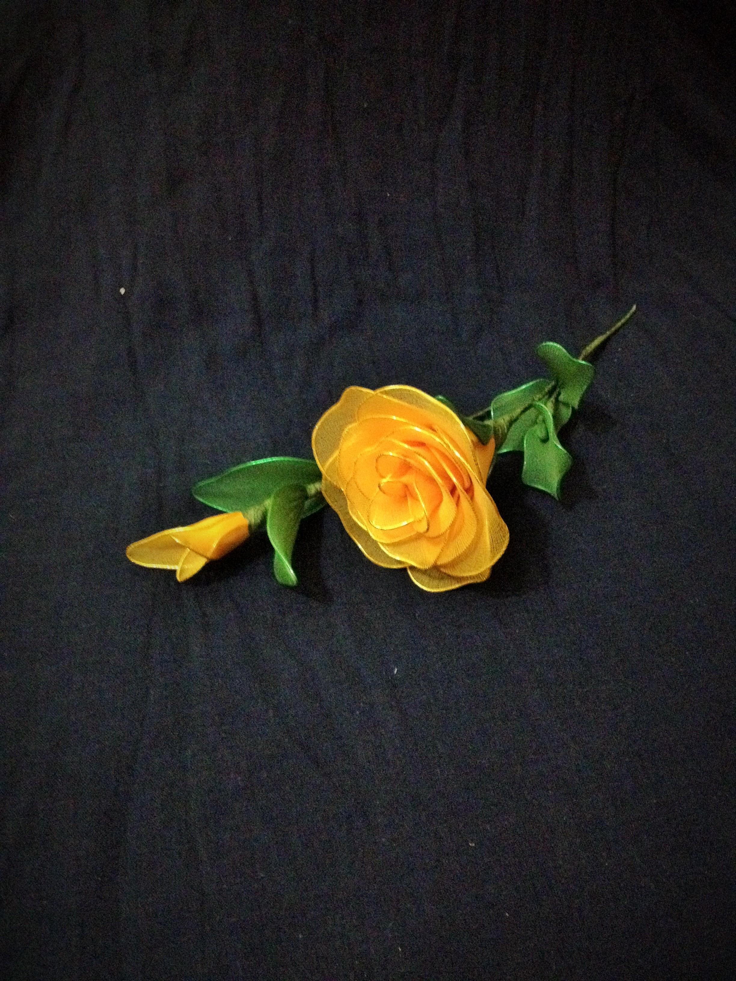 Yellow Rose – Sharda Gallery