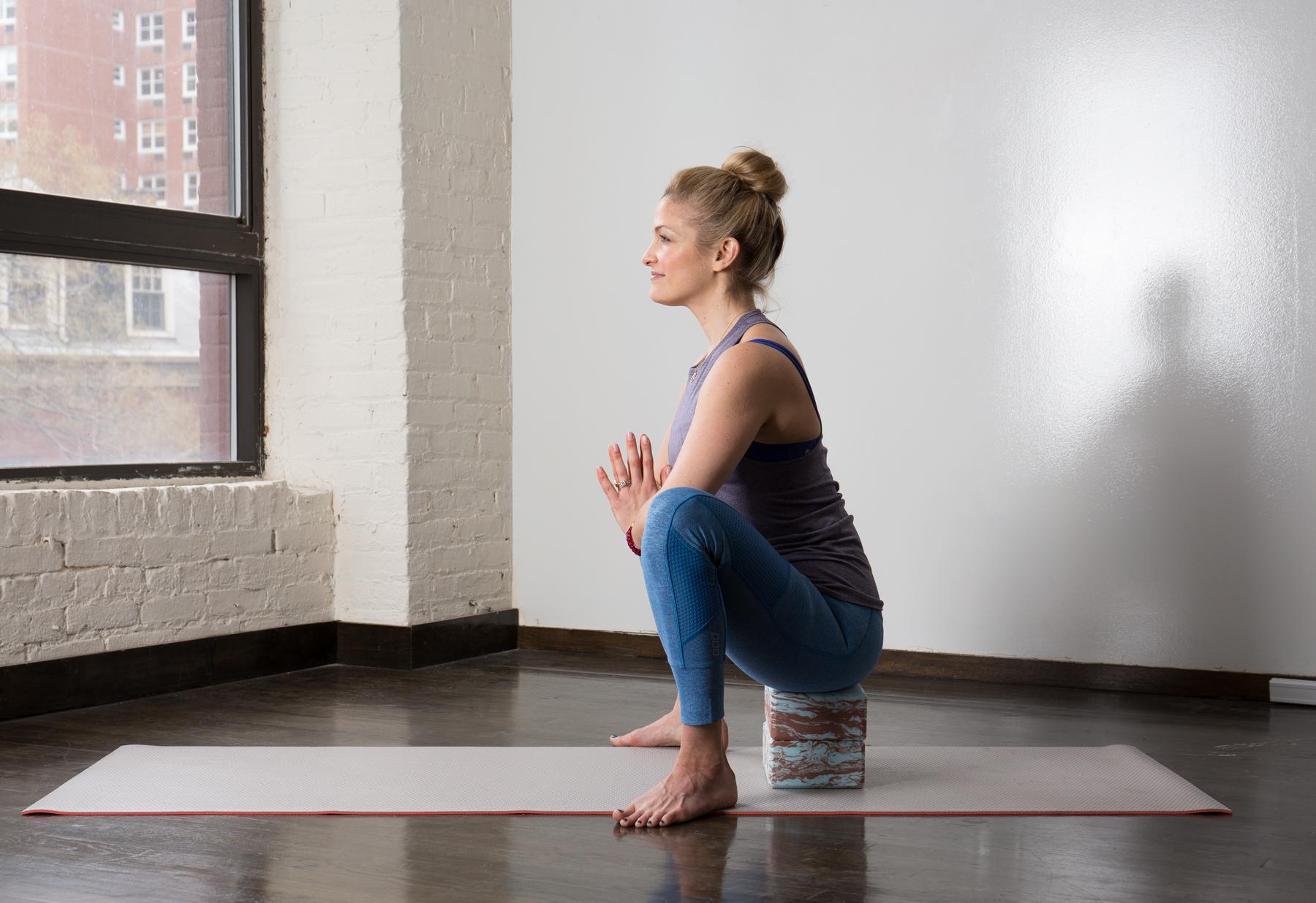 Prenatal Yoga: 12 Soothing Poses for Pregnant Women | Greatist