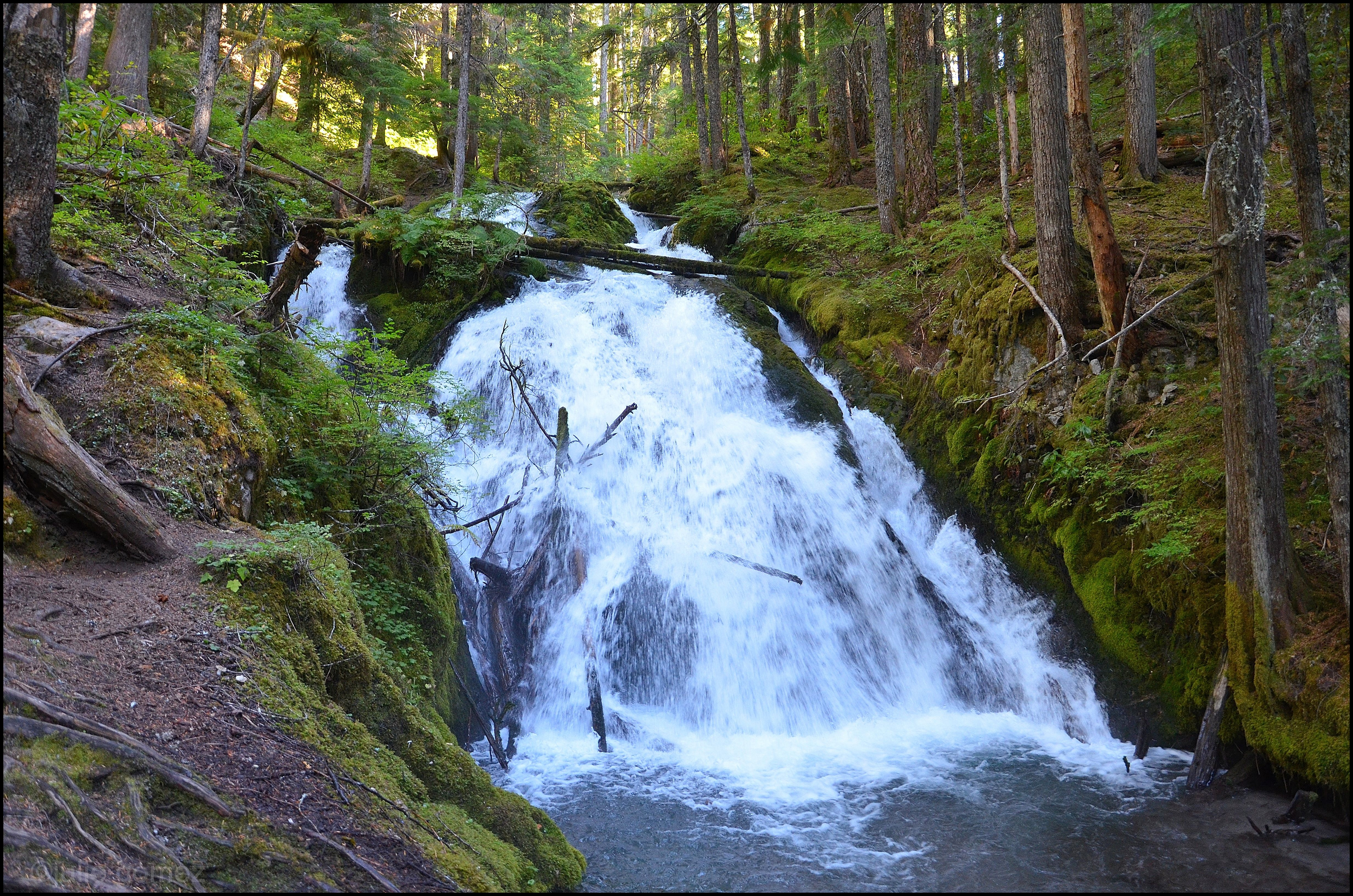 Zig zag falls photo