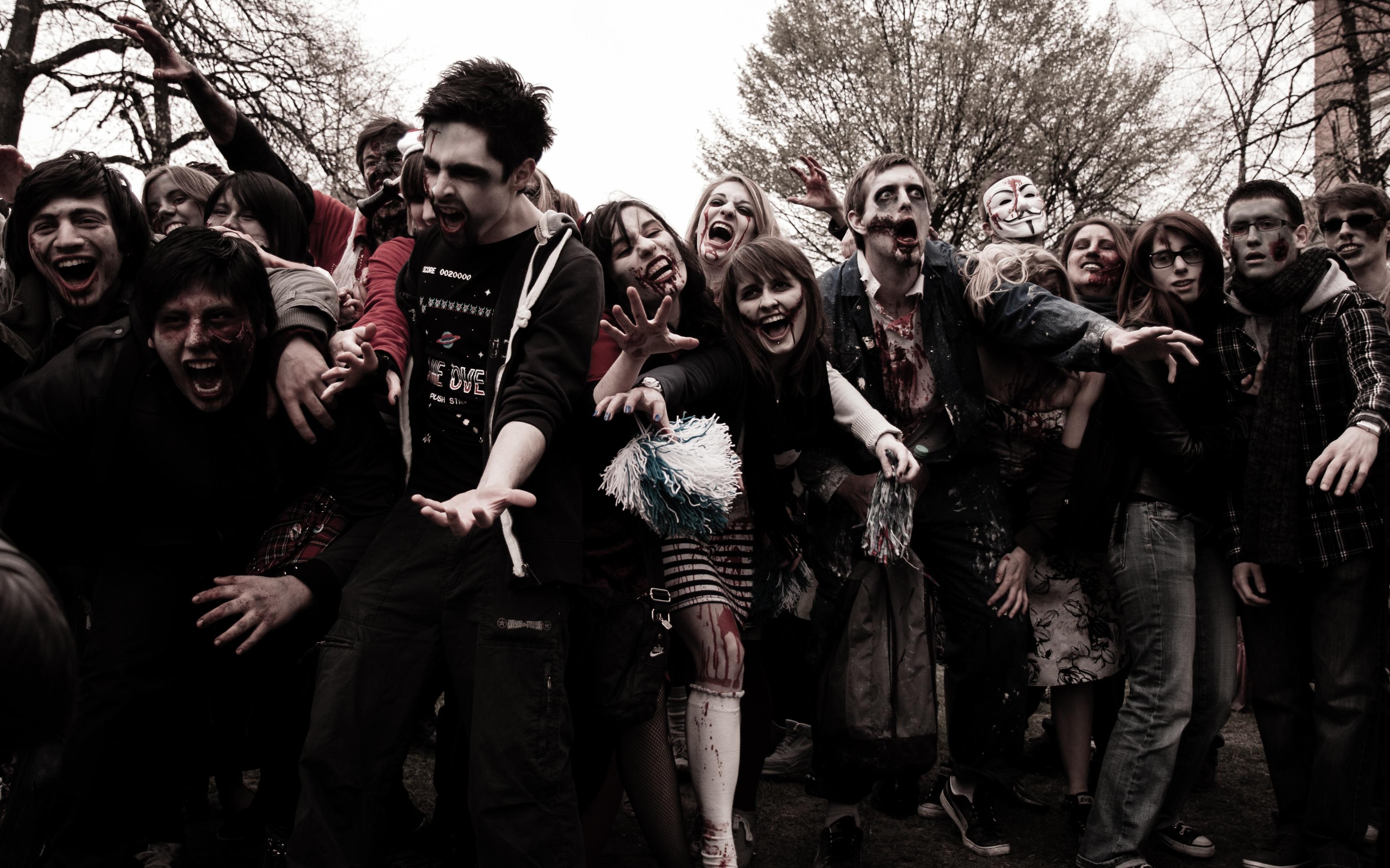 Zombie day 6 - bifff 2012 photo