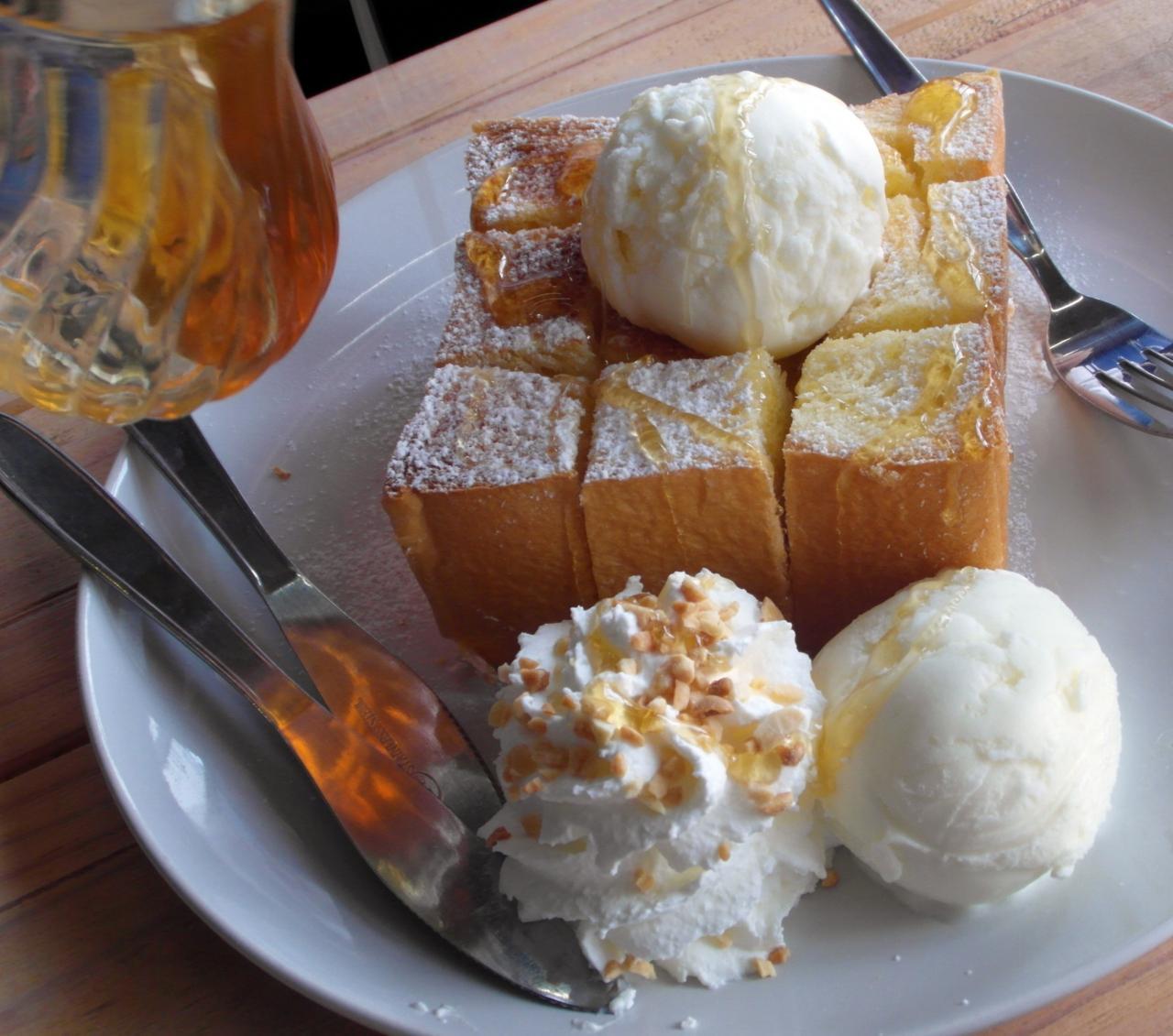 Honey Toast with Ice cream, ice, honey, icecream, sweet, HQ Photo